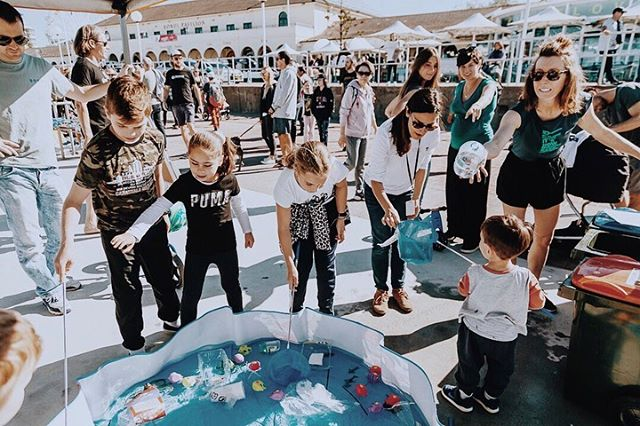 Hi PBF'ers 🌏 @plasticfreebondi and @responsiblerunners, collaborating with @waverleycouncil loved spending time with our community on Sunday and passing on some important facts about how we can reduce our impact on the environment.  We were so impressed with the kids sorting skills from our plastic fishing game and identifying which materials can be recycled! 🎣 ♻️ We're busy planning lots more events but in the meantime be sure to make your #plasticfreebondipledge to be in with a chance to win an amazing prize- just show us how you've eliminated single use Plastic this @plasticfreejuly using the hashtag! 📸 @raquelpires_photography  #Bondi#BondiBeach #NSW#NewSouthWales #Sydney#VisitBondiBeach#DestinationBondi #plasticfree#take3forthesea #oceanlovers#noexcuseforsingleuse#breakfreefromplastic#waronwasteau #PlasticFreeJuly#noplasticplease