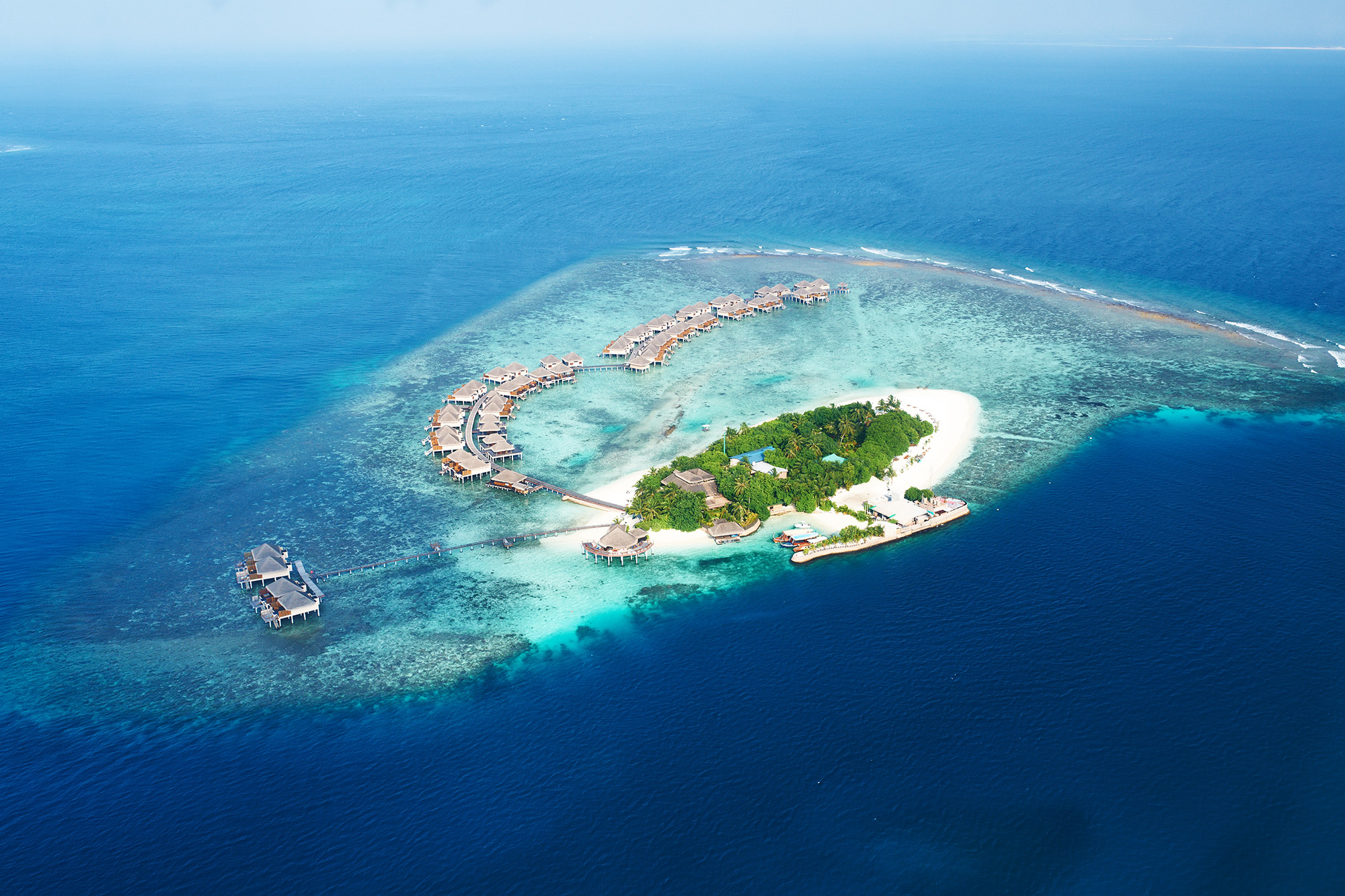 Example of an Atoll:  Photo of the Maldives by HaveSeen.