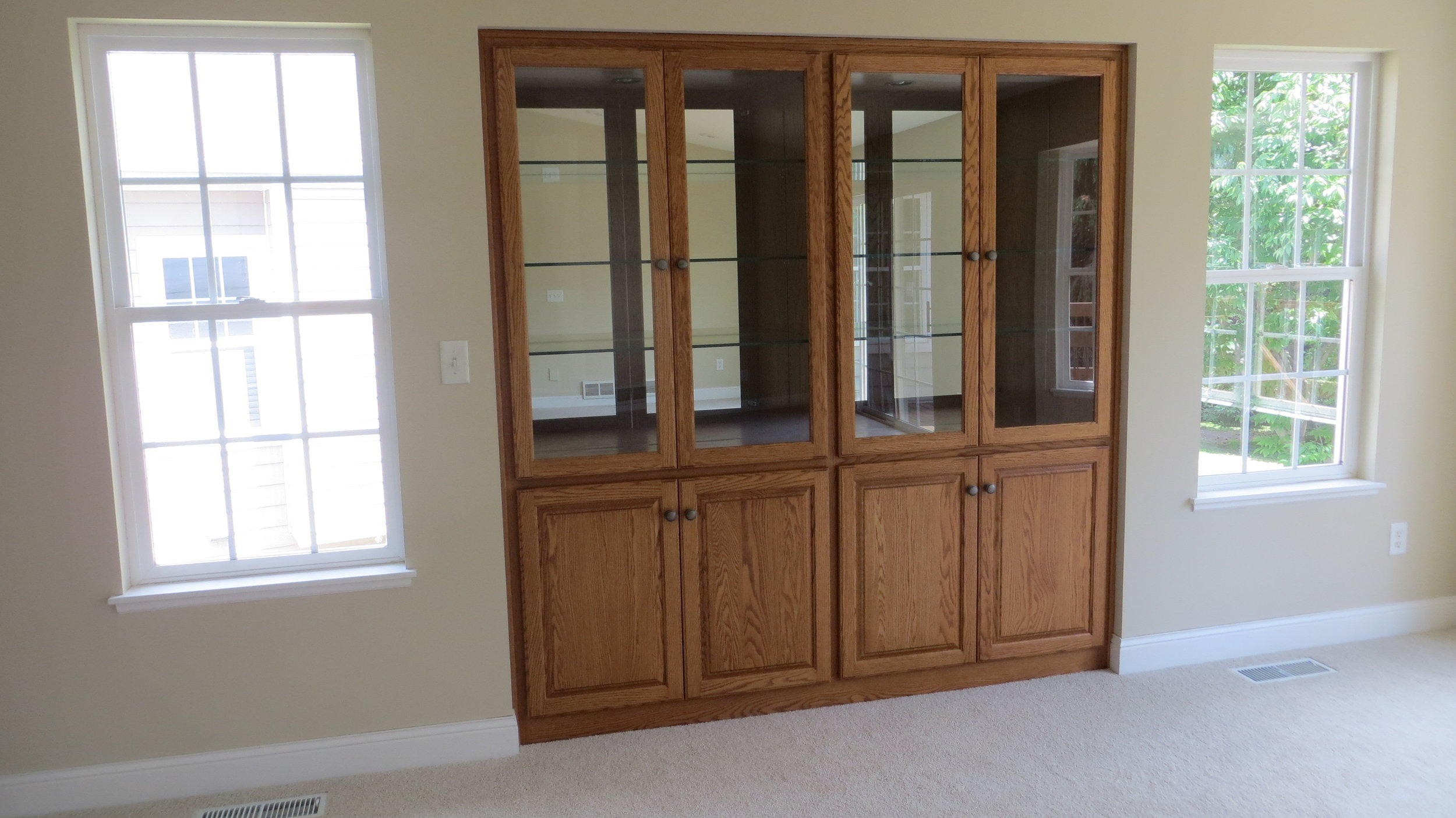 Built-in-Curio-cabinet-with-light.jpg
