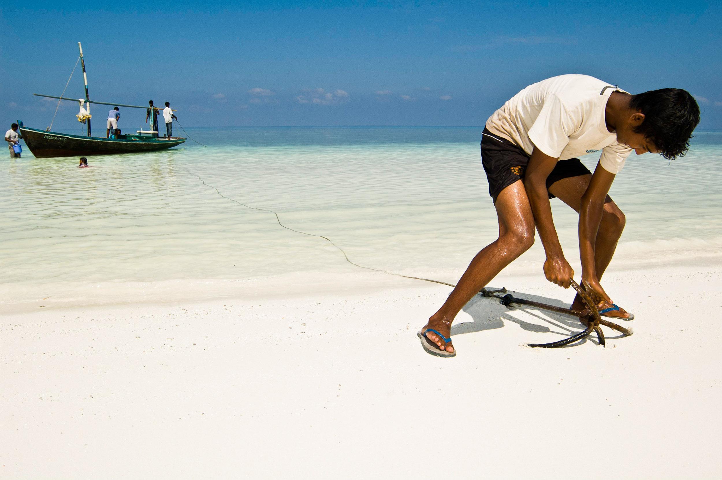 Setting anchor on Kalhufahalafushi Island, Maldives.