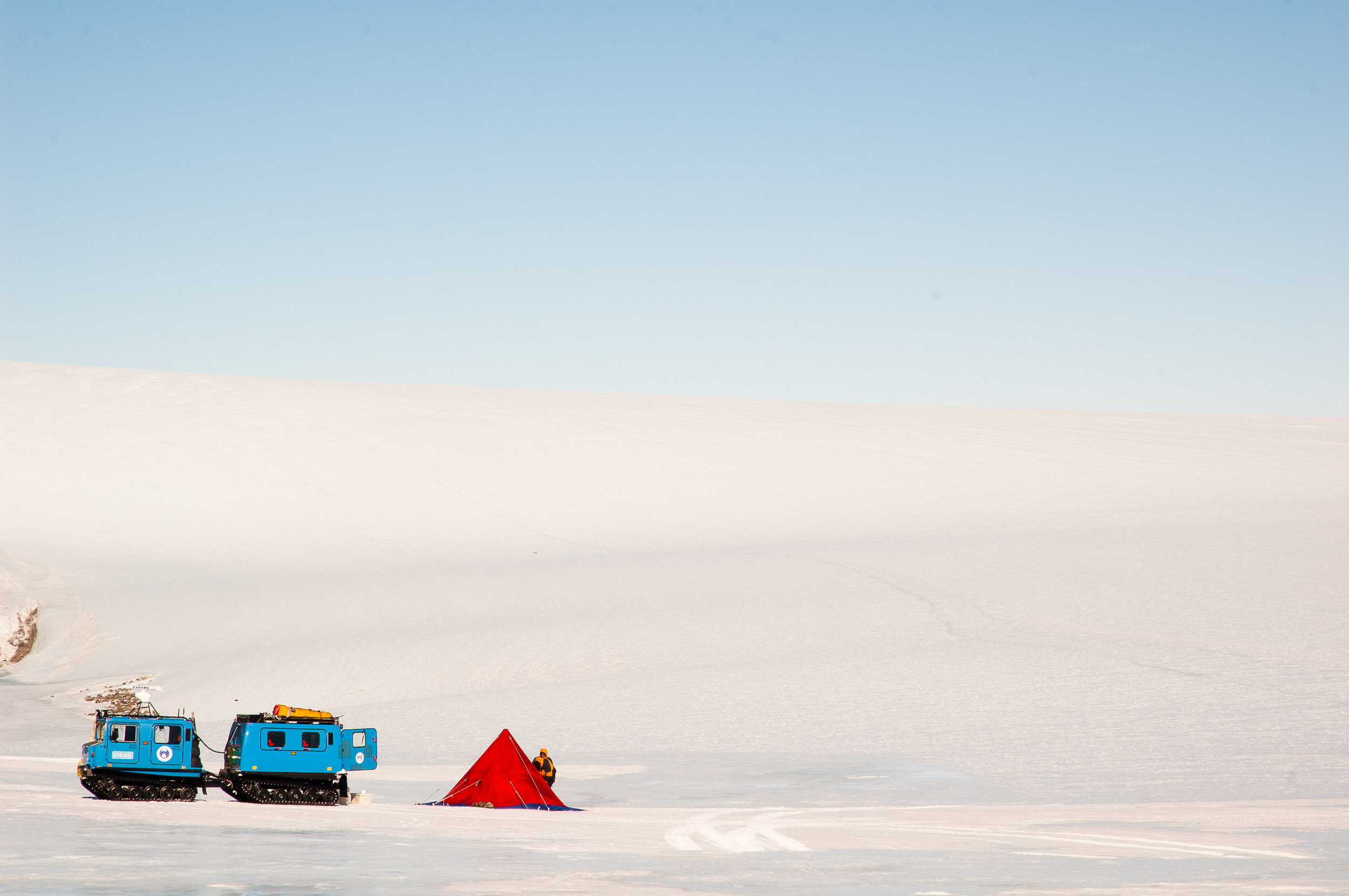 Camping in the Framnes Mountains, Antarctica. © www.thomaspickard.com