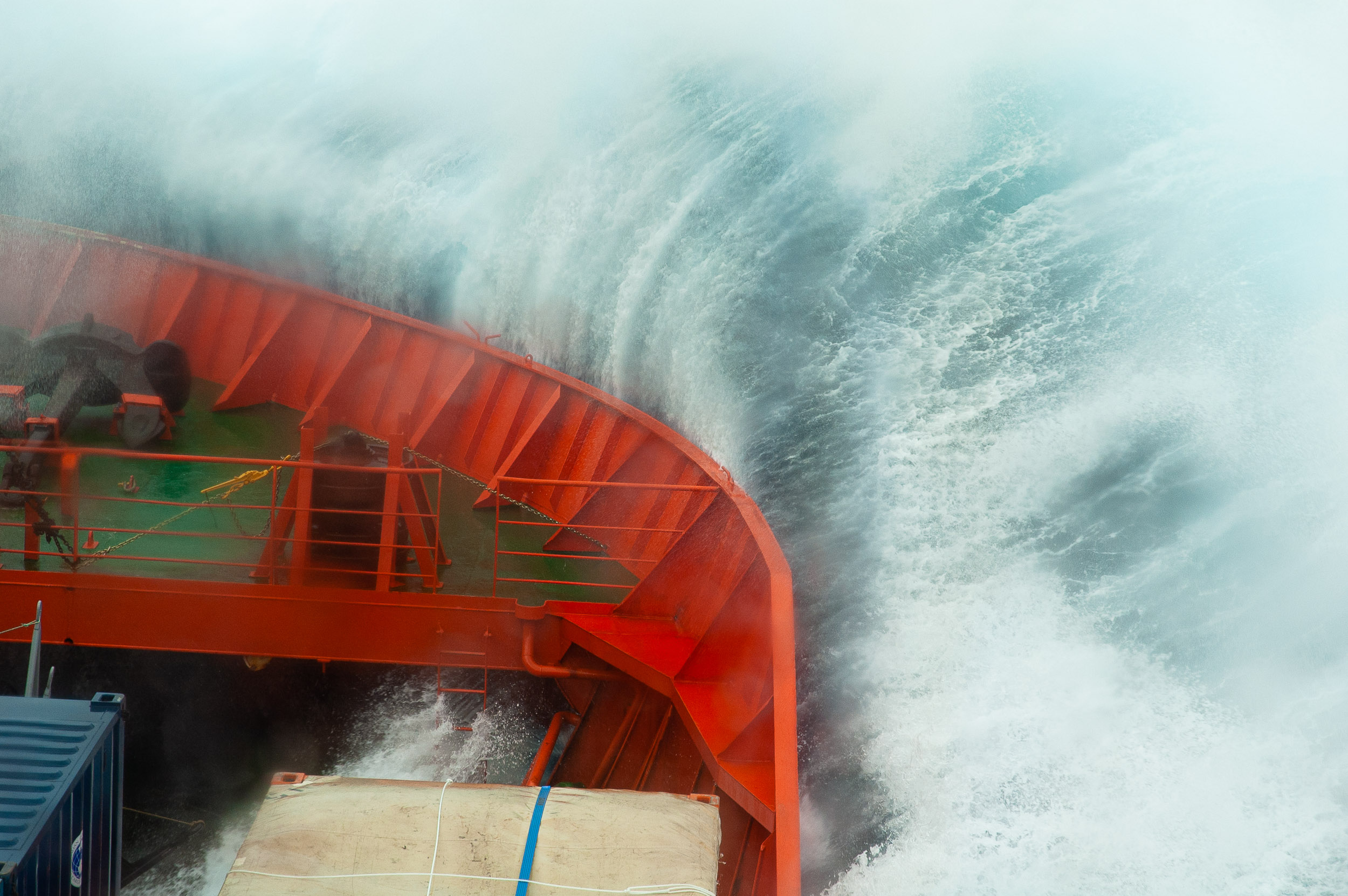 The  Aurora Australis  powering through huge waves in the Southern Ocean, on route to Antarctica. © www.thomaspickard.com