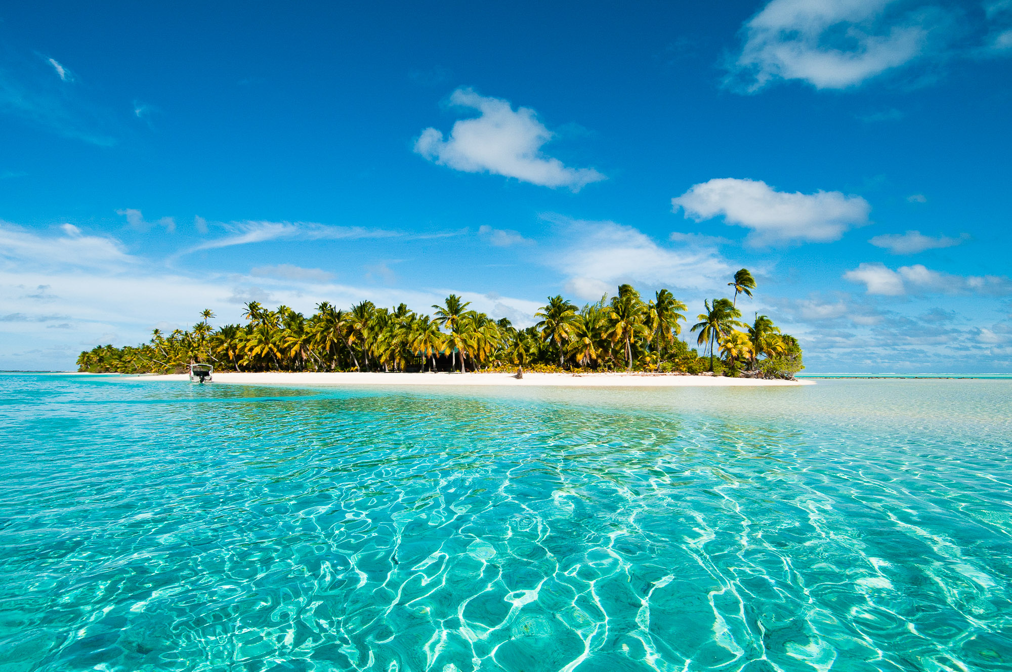 One Foot Island, Aitutaki Lagoon, Cook Islands. © www.thomaspickard.com