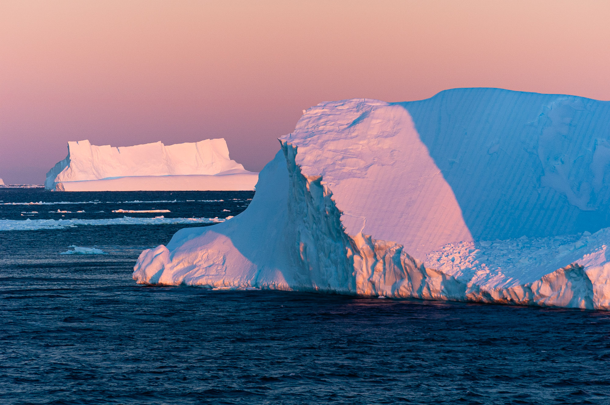 Icebergs, Antarctica. © www.thomaspickard.com