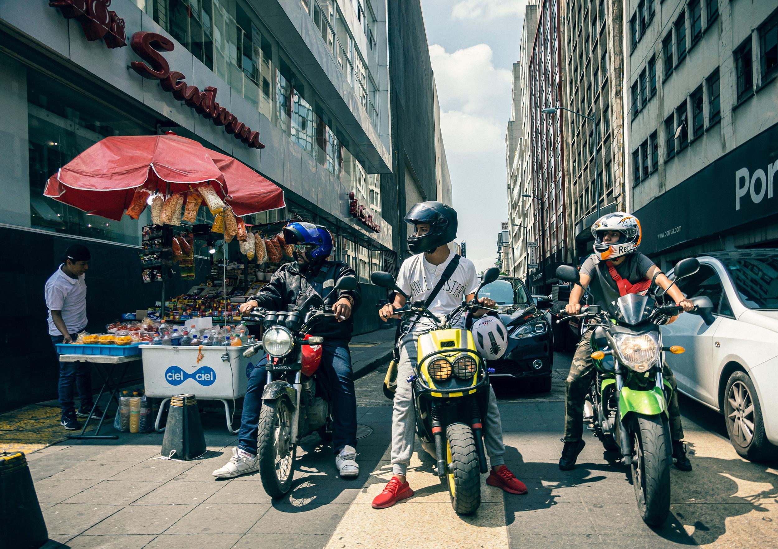 Tres Motos, El Centro, Mexico City