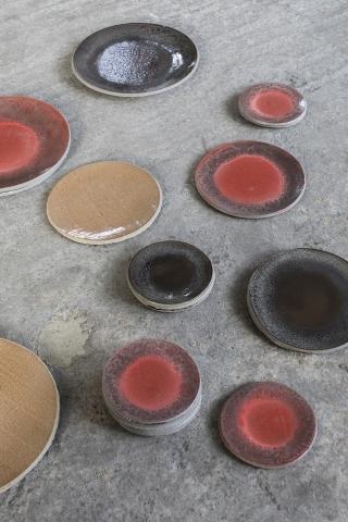 Serax betonnen servies.jpg