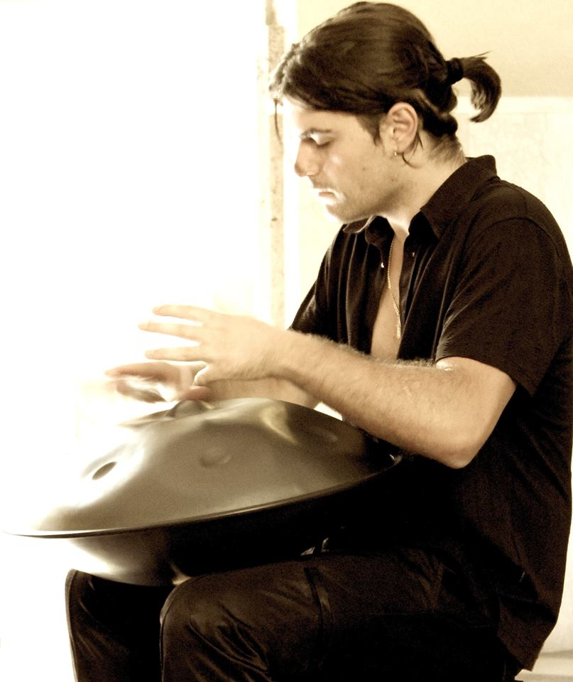 "Loris Lombardo - Loris Lombardo was born in Savona, Italy, in 1985. A multi-percussionist, drummer, composer as well as the founder of the first Academy of handpan in Italy and author of the first handpan manual in the world, ""HANDPAN. The Complete Manual"" (Handpan Manuale Completo). Searcher of sounds and musical timbres, Loris Lombardo's music is the result of the constant evolution of his experience as a musician, which began with the study of drums and then of classical percussion at the G.F Ghedini Conservatory of Music - where he graduated with full honours -, and soon moved onto the study of traditional multi-cultural music, leading him to gain the knowledge of unconventional concepts and sounds and allowing him to eventually create his own original and groundbreaking style.Winner of numerous international contests, he has his one-man show: ""Handpan & Percussions Concert"". He holds workshops and courses all over Italy and Europe with the aim to spread the culture of this new and captivating instrument - the handpan."