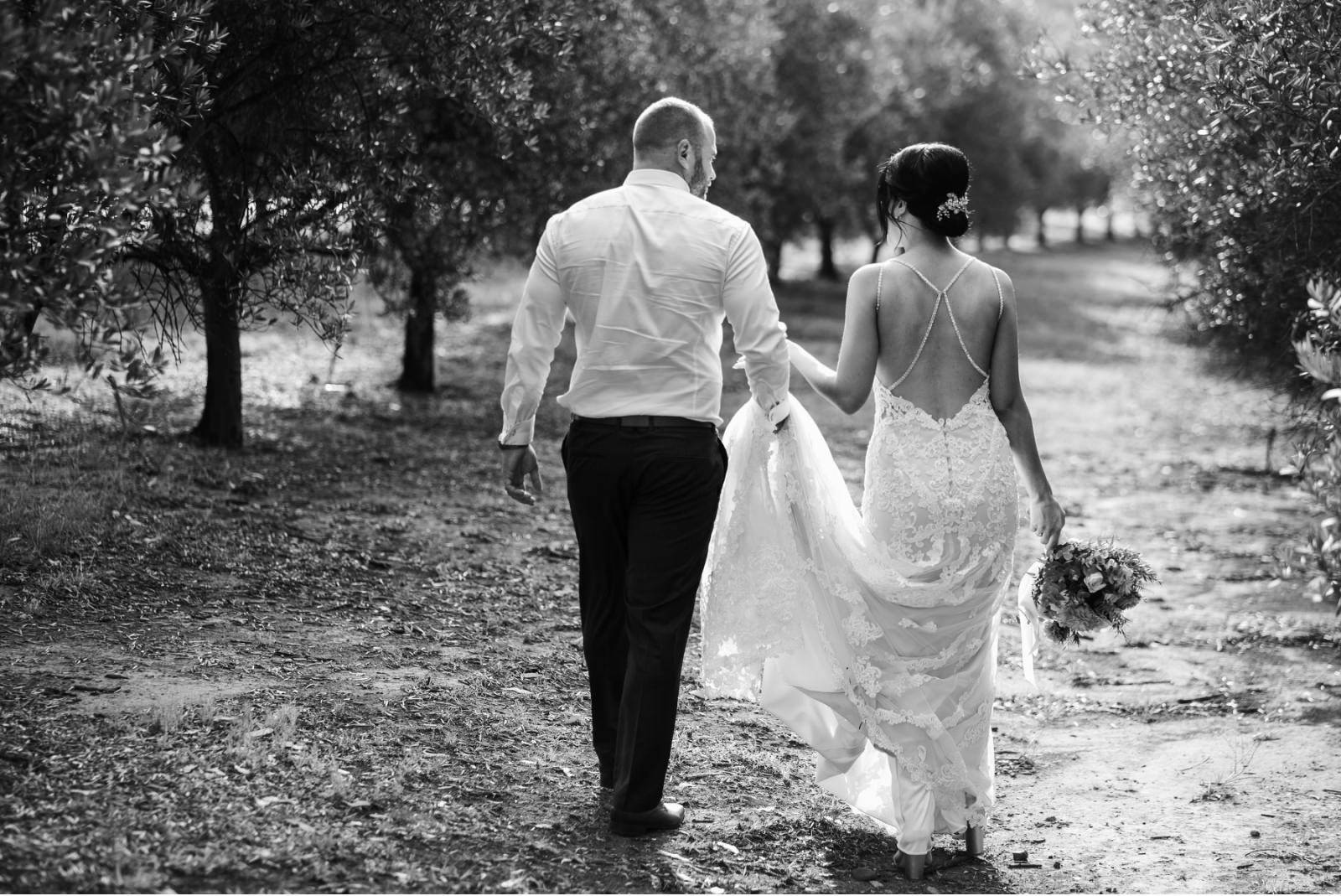 wandin-valley-estate-winery-lovedale-wedding-hunter-valley-wedding-photographer-38