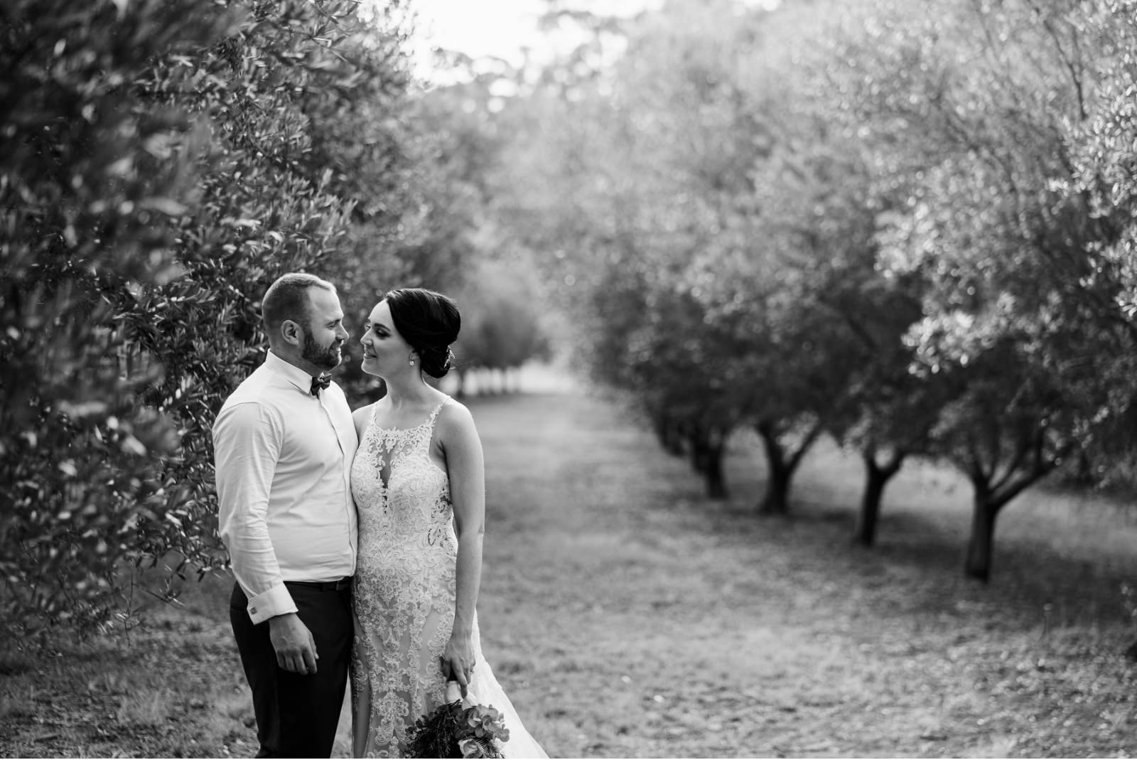 wandin-valley-estate-winery-lovedale-wedding-hunter-valley-wedding-photographer-40