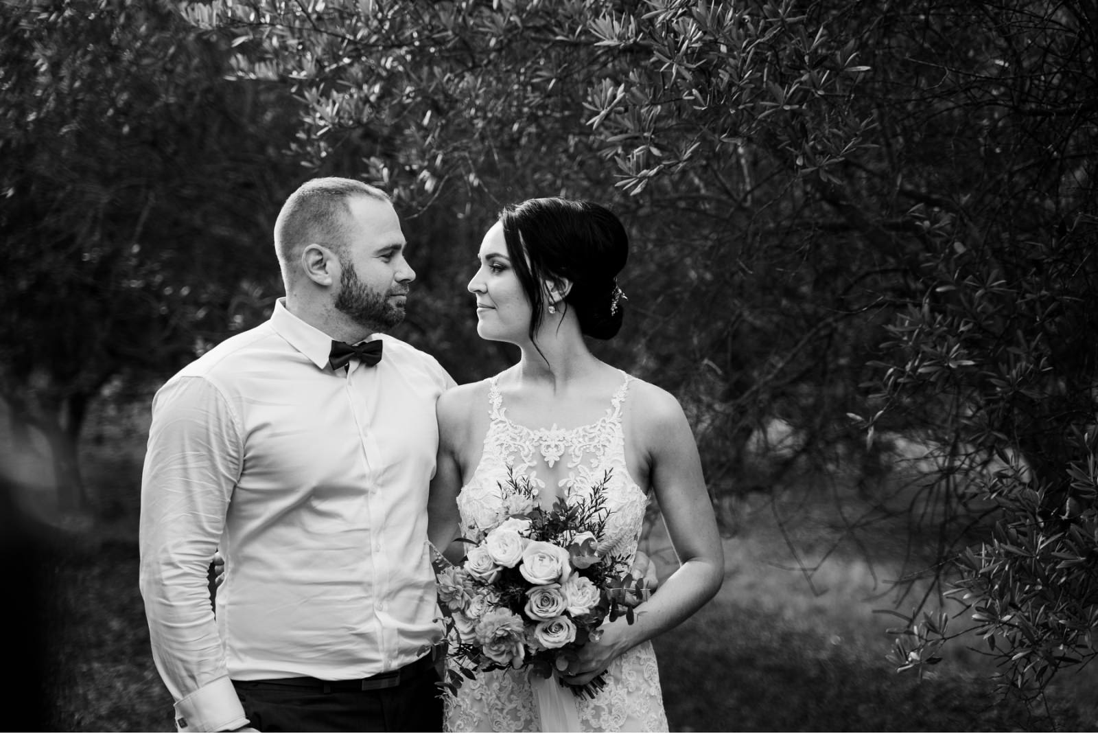 wandin-valley-estate-winery-lovedale-wedding-hunter-valley-wedding-photographer-49
