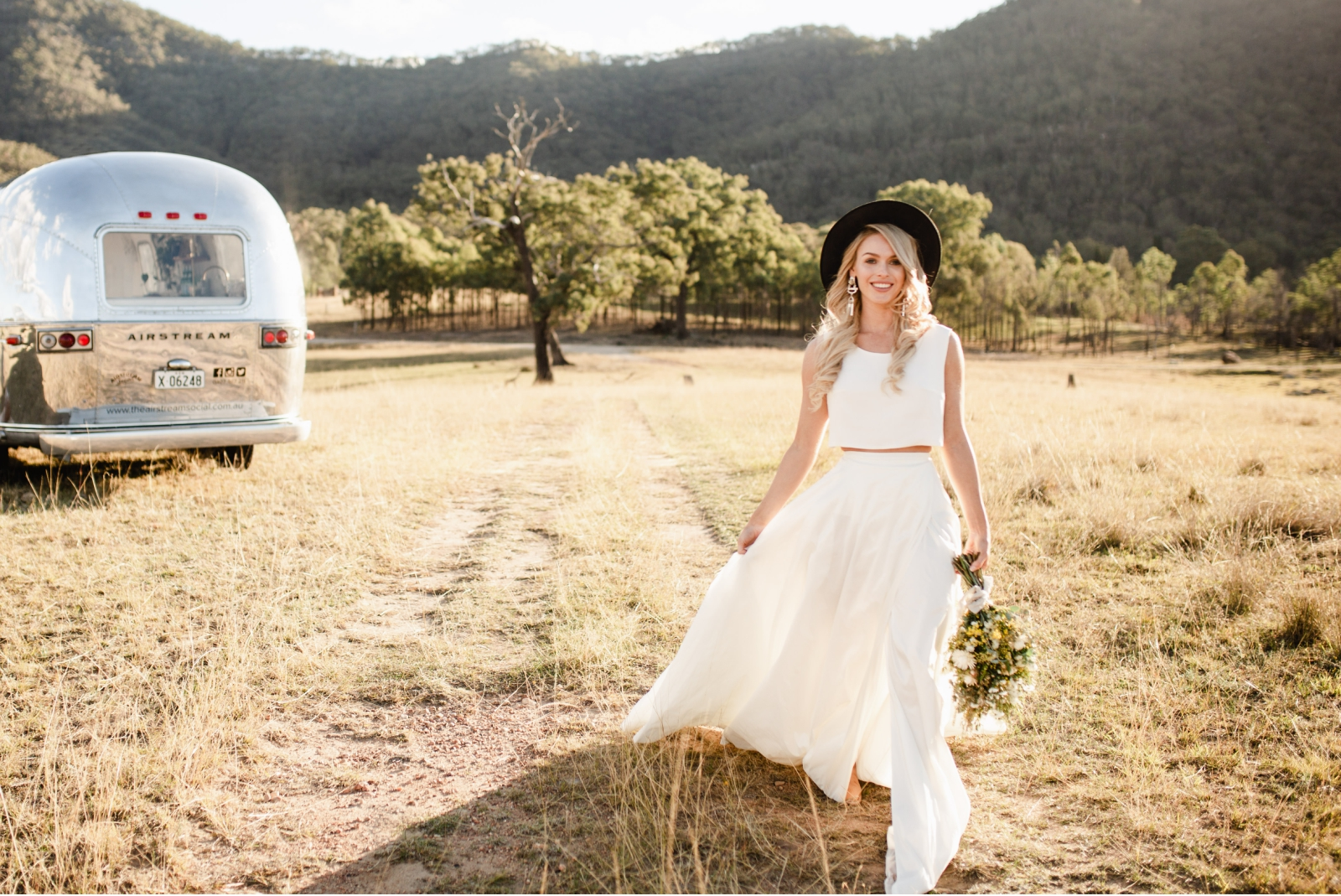 hunter-valley-wedding-planner-styled-shoot-the-airstream-social-broke-nsw-10