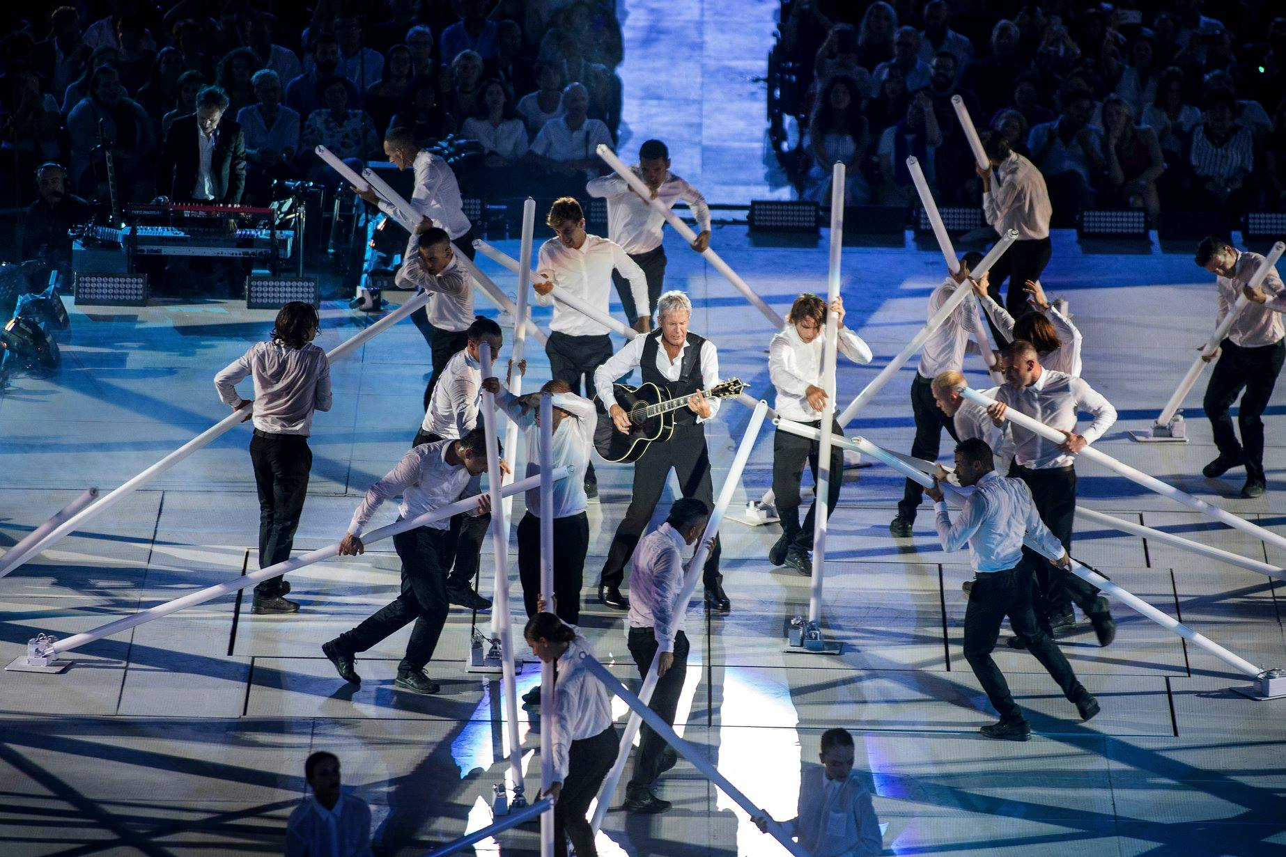 claudio baglioni arena di verona italia italy 50 al centro highline trickline show funambule circus performance spectacle suisse Slackline Lyell Grunberg  (3).jpg