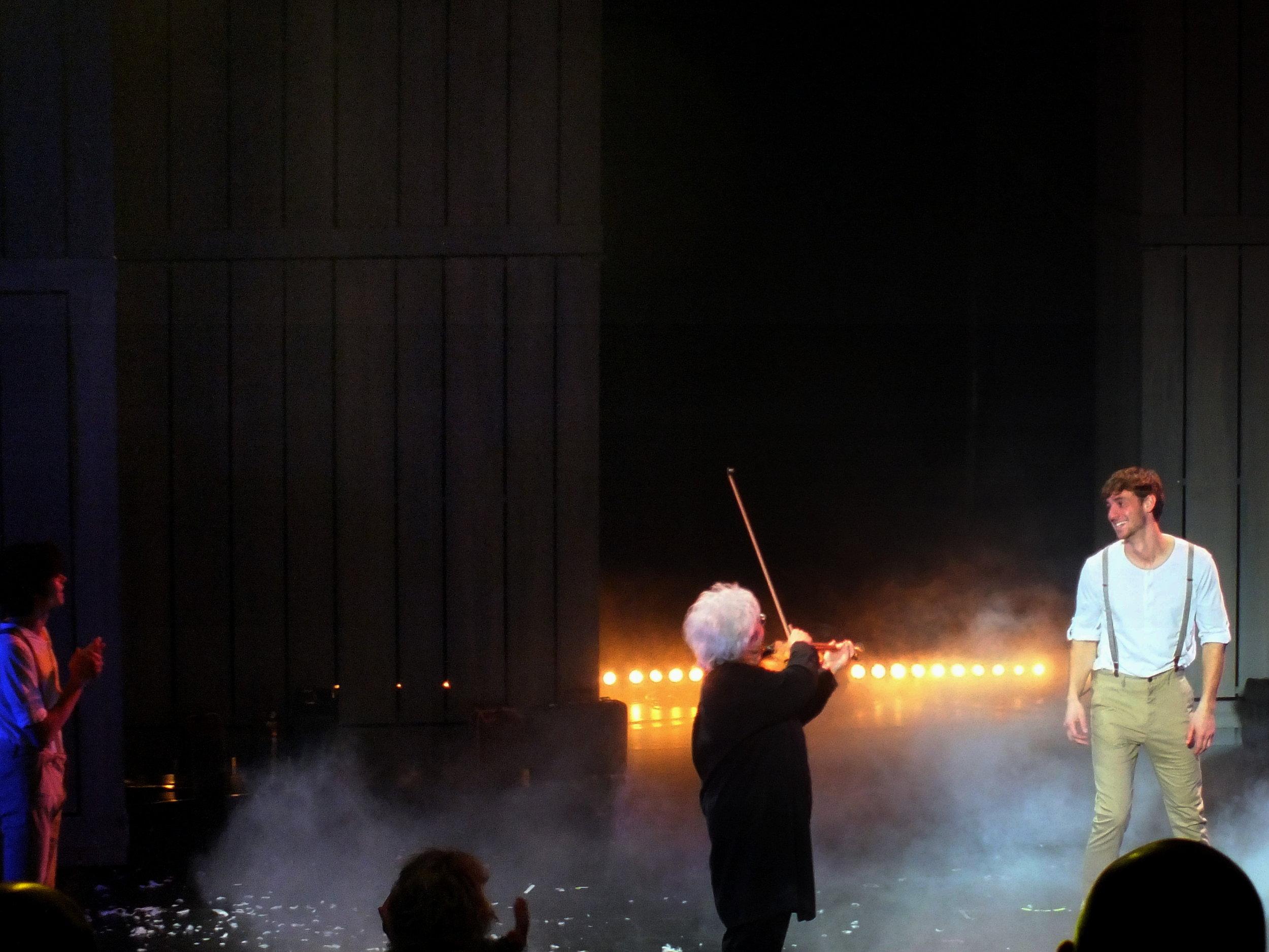 bô le vayage musical paris france theatre cathrine lara highline trickline show funambule circus performance spectacle ecole suisse Slackline Lyell Grunberg  (2).JPG