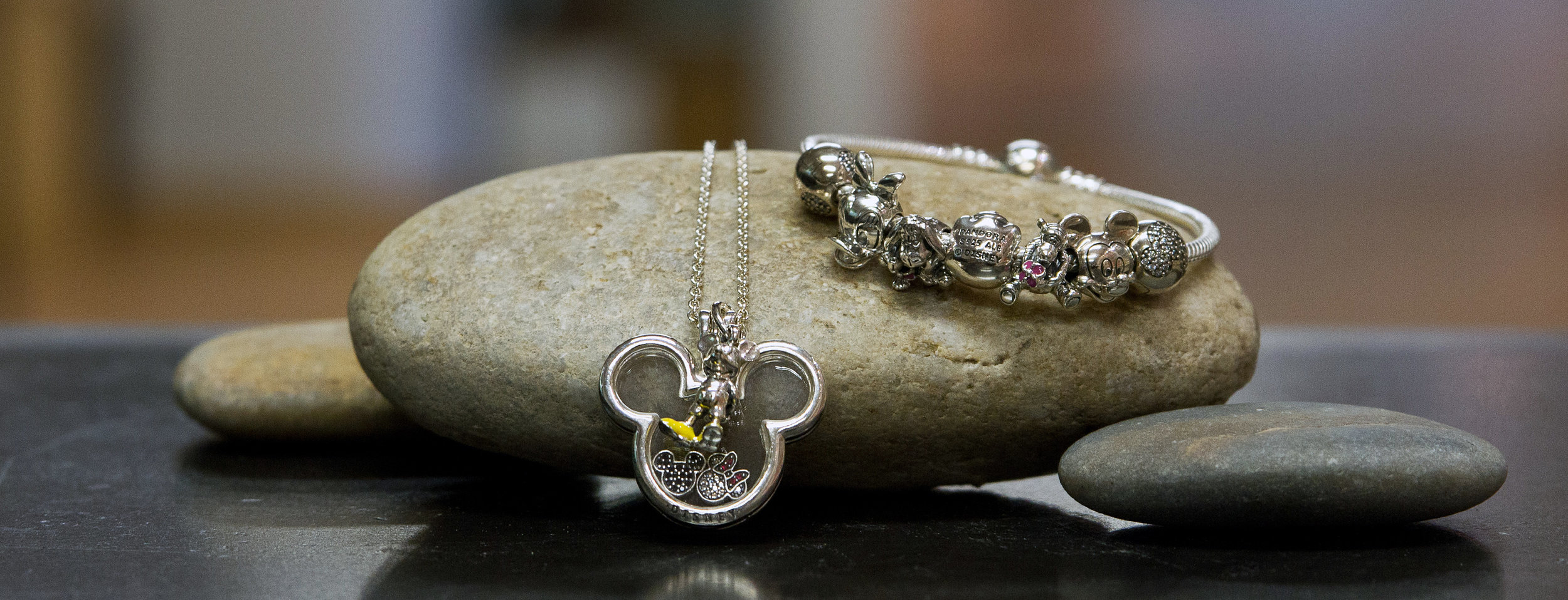 Disney - Detailreicher Schmuck für Disney-Fans
