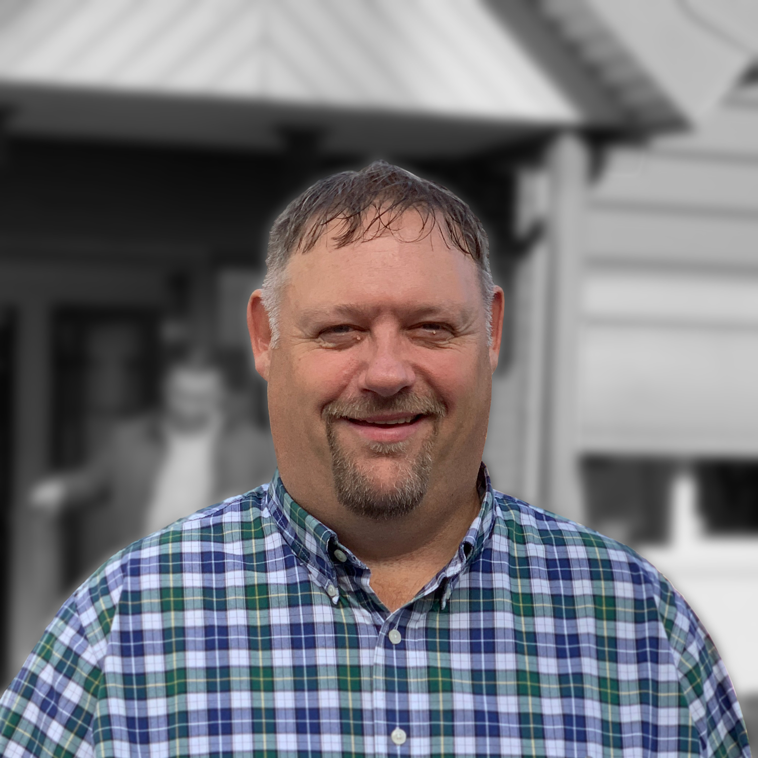 GARY PETERS - Our president Gary Peters has more than 30 years experience working with agriculture in North America. Born on a dairy farm, he understood a lot of these challenges and decided to make it his career.