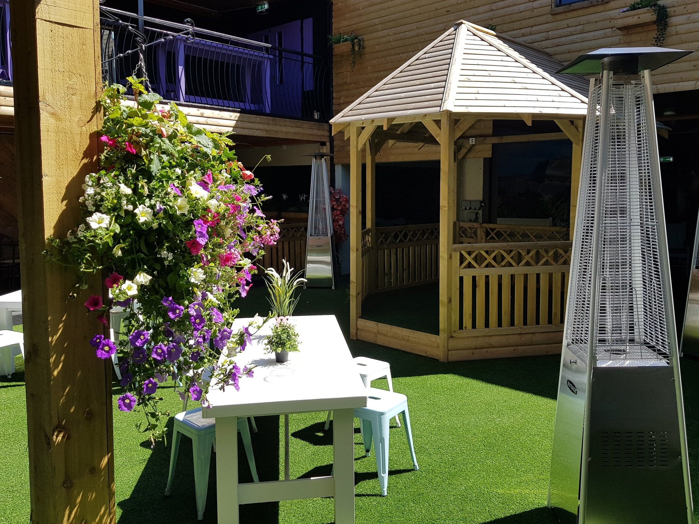 The Garden - Our garden is the perfect chill out area on a sunny afternoon. On weekends our garden comes alive with live music performances from local musicians Friday through to Sunday evening and on Saturday & Bank holiday Sundays DJ playing party anthems from 9pm til late.