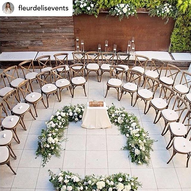 Anytime we can set the ceremony chairs in any other way except in straight lines, we will do it🥂 ⛰ 💍 🍾 @atoasttoyouevents  #atoasttoyouevents 🥂 #lovetodesign #thinkoutsidethebox #ceremony #eventdecor #Coloradowedding #coloradoweddingplanner #luxurywedding #weddingdesign #luxuryweddjngplanner #eventplanners #Destinationweddings #destinationweddingplanner #rockymountains #mexicowedding #eventdesign #huffpostweddings #heywildweddings #instawedding #aislesociety #loveislove #weddinggoals #weddingstyle #events #weddingplanning #weddings #mountainweddings #vailweddings #aspenweddings #breckenridgeweddings