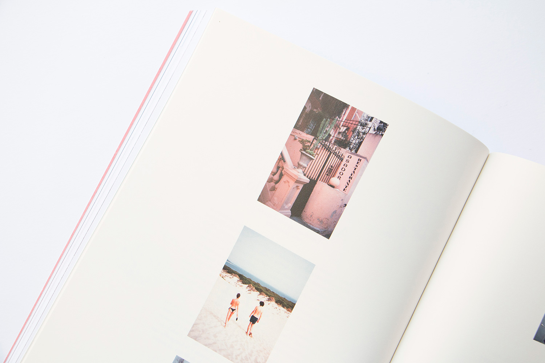 trevista_magazine_trestristestrenzas_donaestrangera_works4.jpg