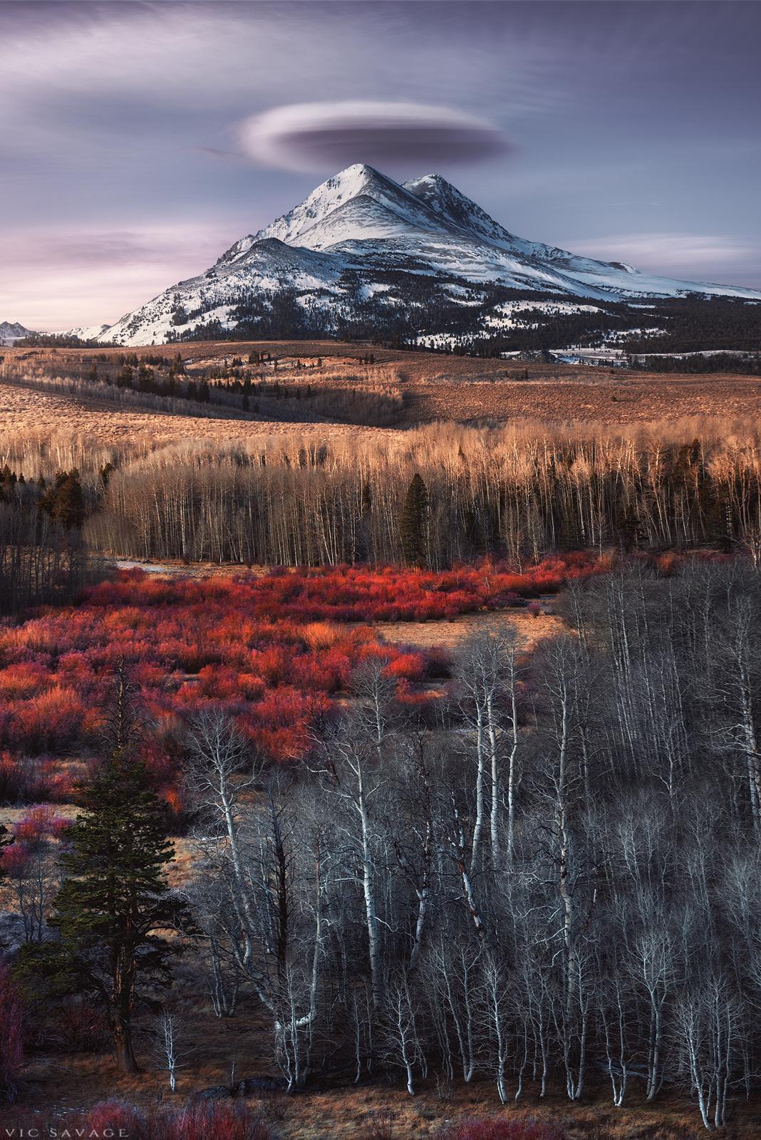 Eastern_Sierra_Peak_Lenticular.jpg