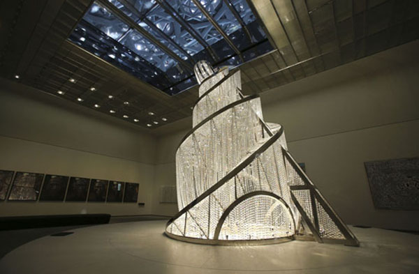 """Vladimir Tatlin'in Üçüncü Enternasyonal Anıtı'ndan mülhem """"Fountain of Light/Işık Pınarı"""" Ai Weiwei, Louvre Abu Dhabi"""