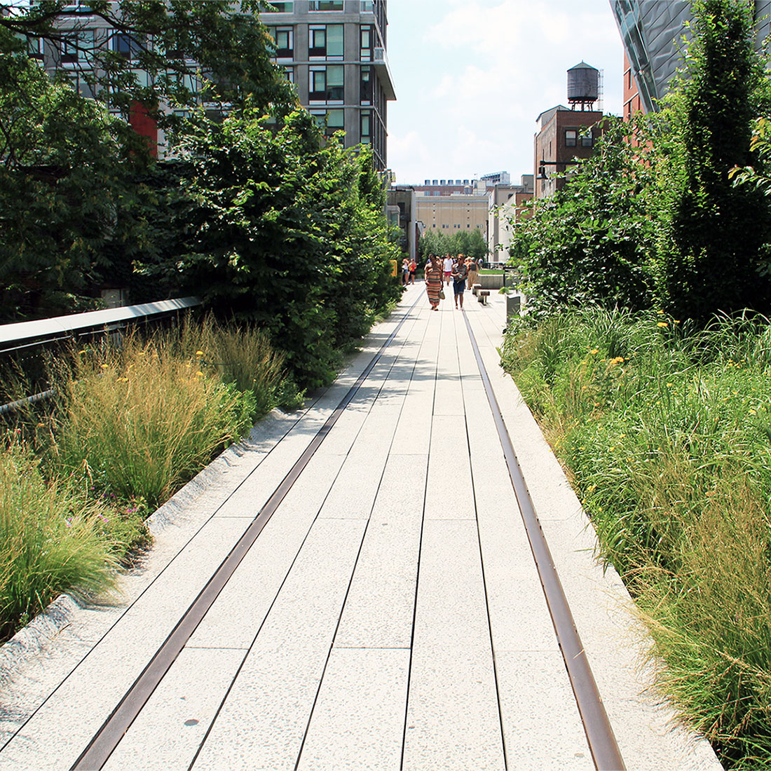 Green gentrification and how to avoid it    Article published by Foreground   Parks improve our neighbourhoods, boost our health, strengthen our communities and combat the effects of climate change. In short, greening our cities make them more liveable. But who really benefits?