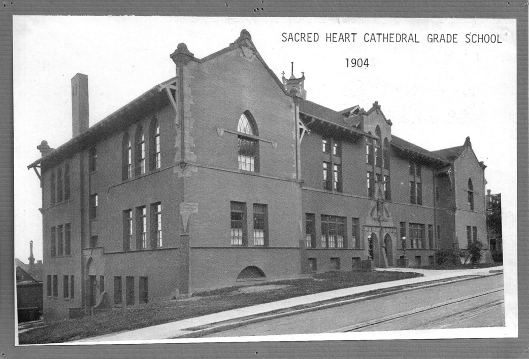 Sacred Heart Cathedral School / 1904-1970