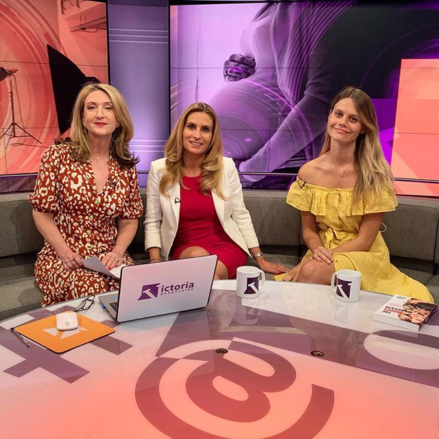 Tune in to BBC2's Victoria Derbyshire show NOW to see the topic of maternity modelling being discussed 🙌🏽