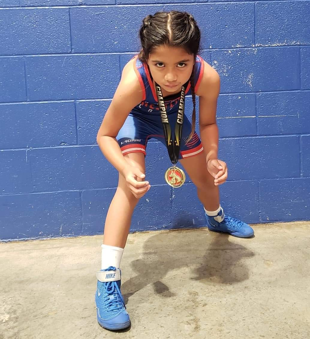 Tenley wins folkstyle finale - Way to go girl!!!