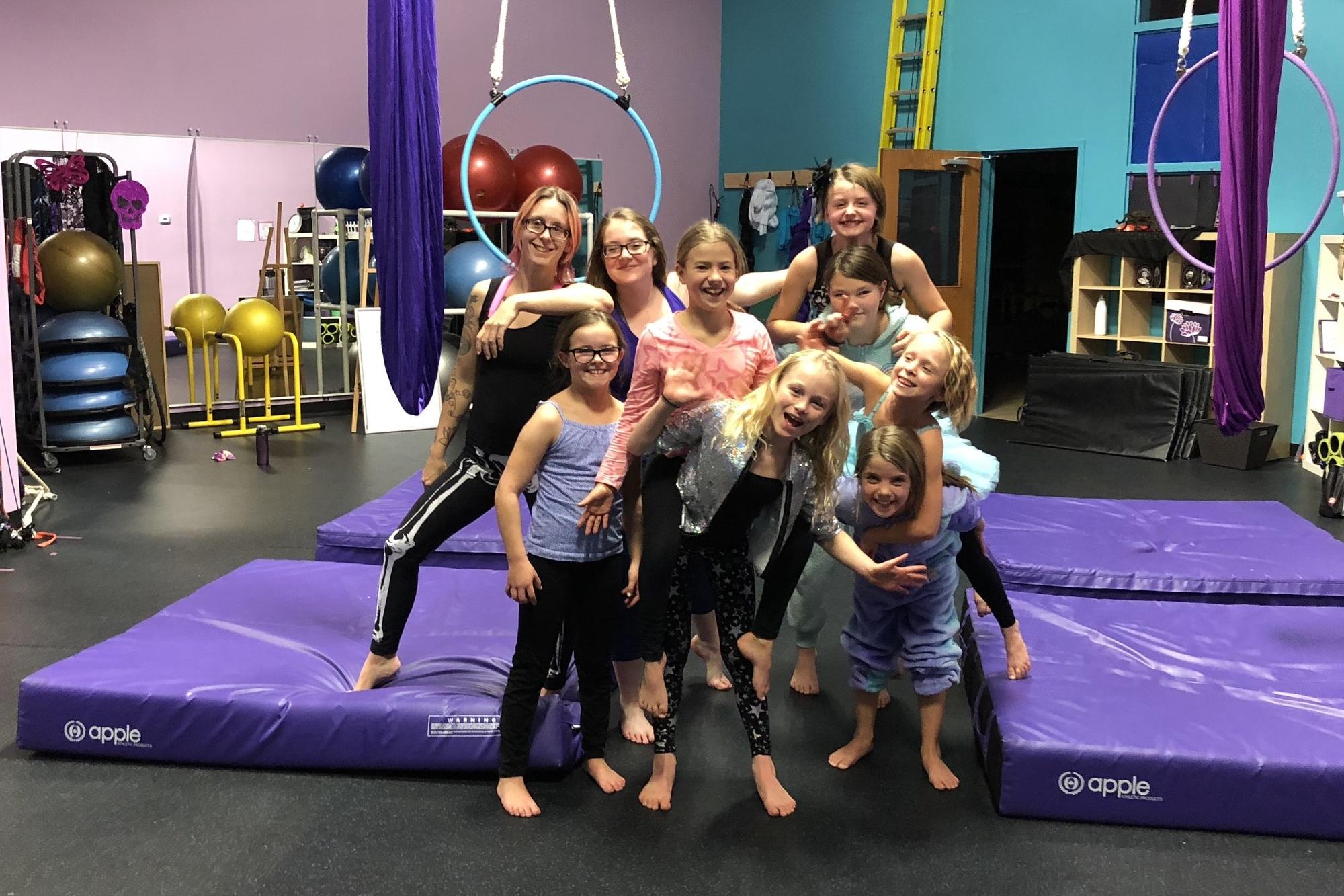 Cirque Kids Group Photo.jpg