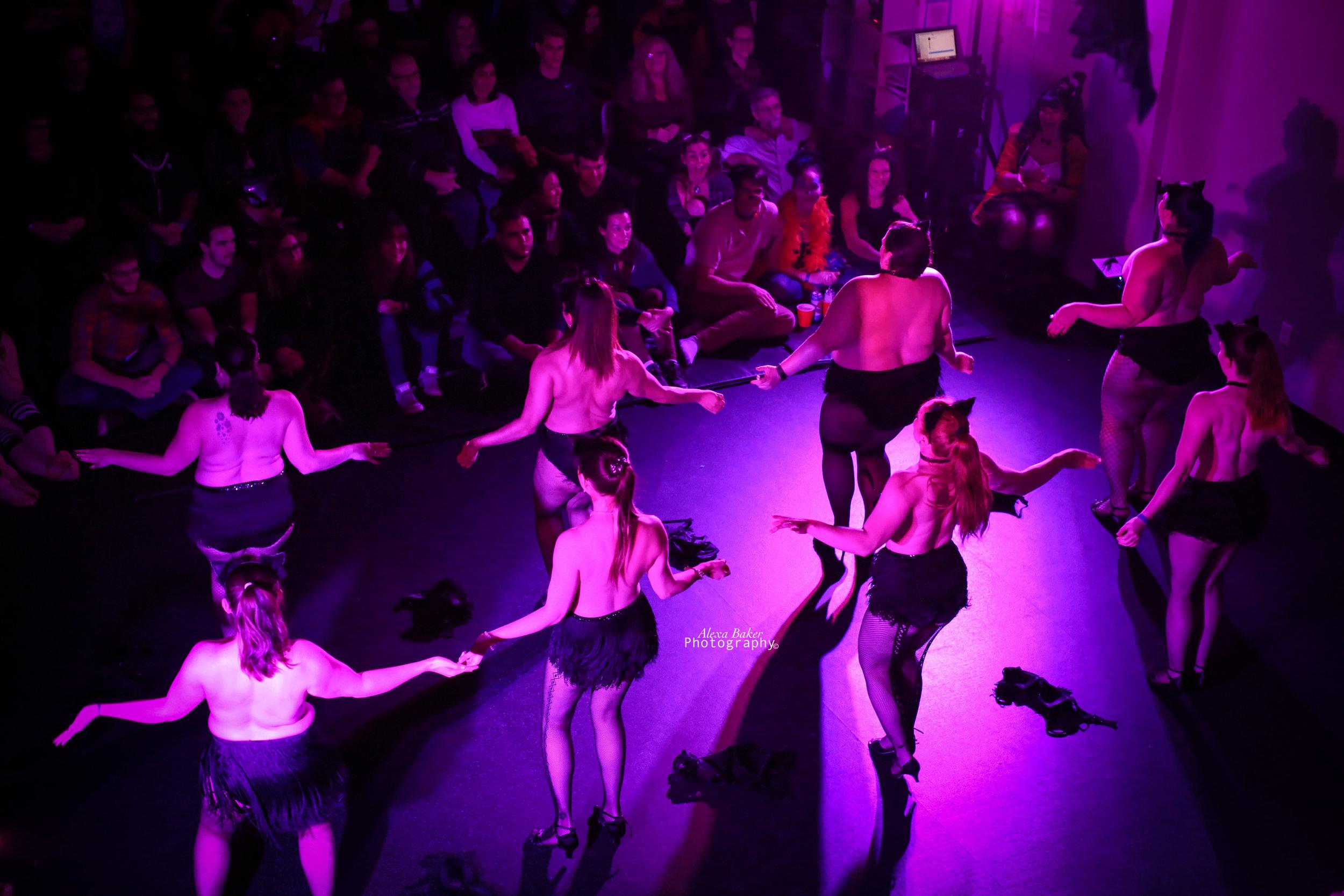2018 Halloween Classic Burlesque Troupe. Photo by Alexa Baker.