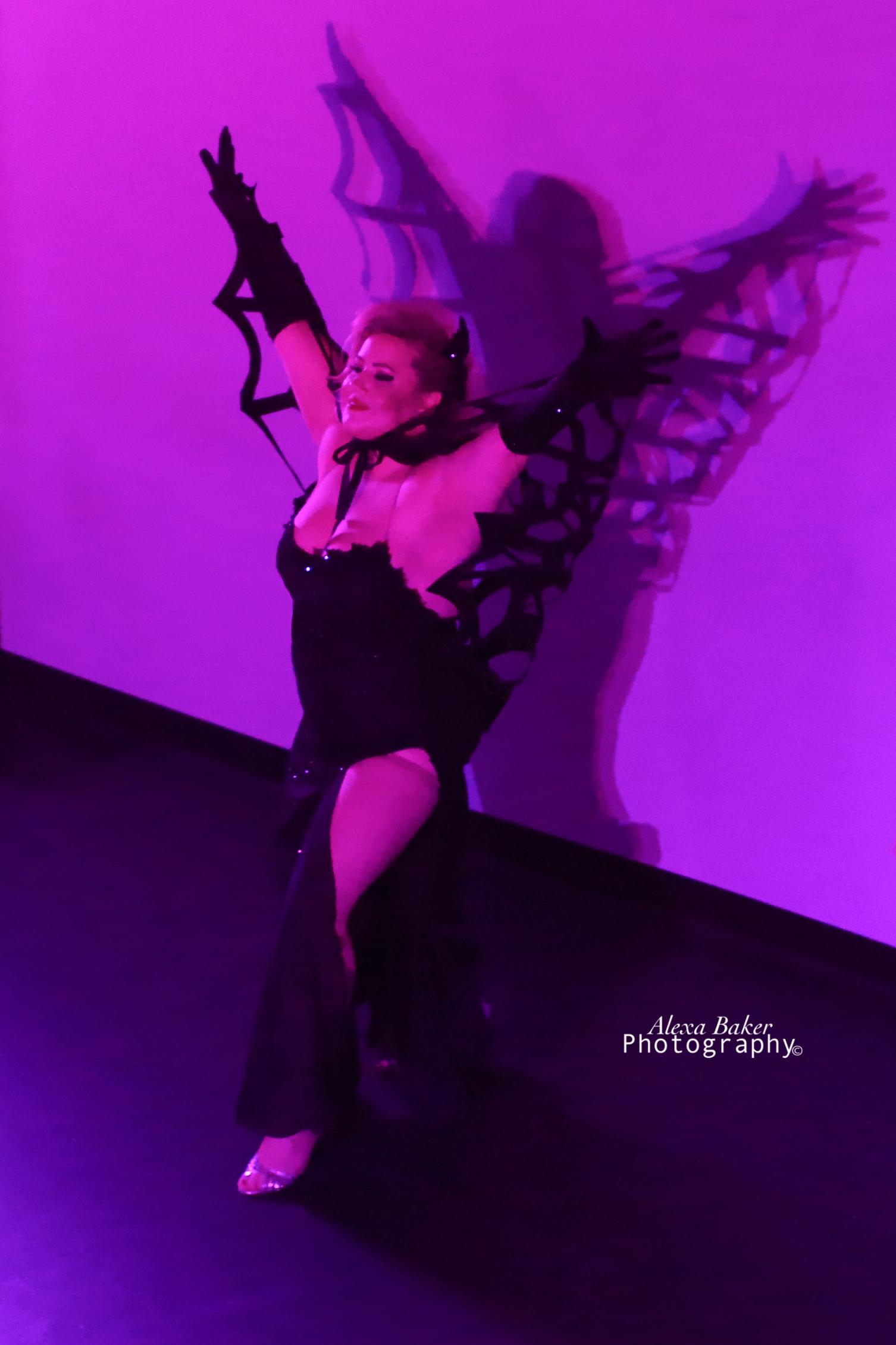 Sassy Ray 2018 Halloween Showcase. Photo by Alexa Baker.