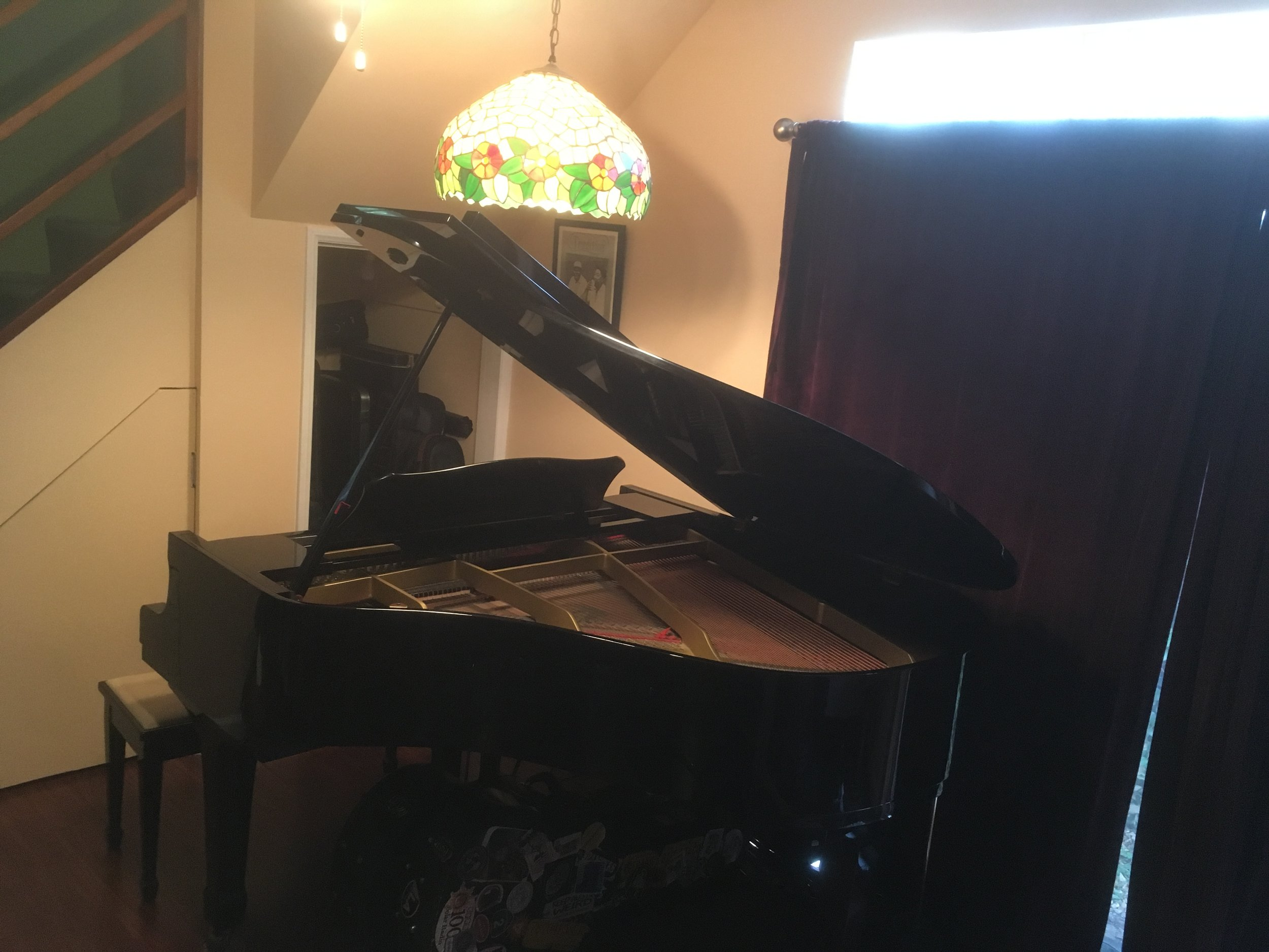 Moms piano, will make your song a hit!