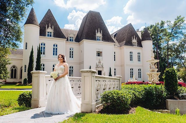 Friday's are for fairy tales. We hope your weekend is full of wonder and delight!  ___ Photography: @jonathanivyphoto  Venue: @chateaucocomar  ___ #CLEvents #ChristinaLeighEvents #CLEcelebrates #thedailywedding #huffpostido #ohwowyes #southernweddings #soloverly #marthaweddings #wedding #weddingplanner #calledtobecreative #bridesofhouston  #weddingsinhouston #houstonweddingplanner #texasweddings #destinationwedding #thehappynow #theprettypursuit #abmlifeissweet #thatsdarling