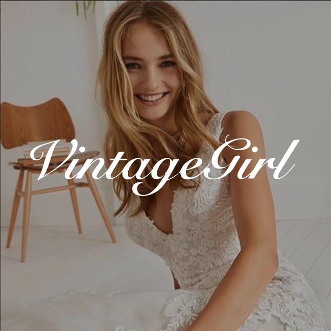vintagegirlphoto.png