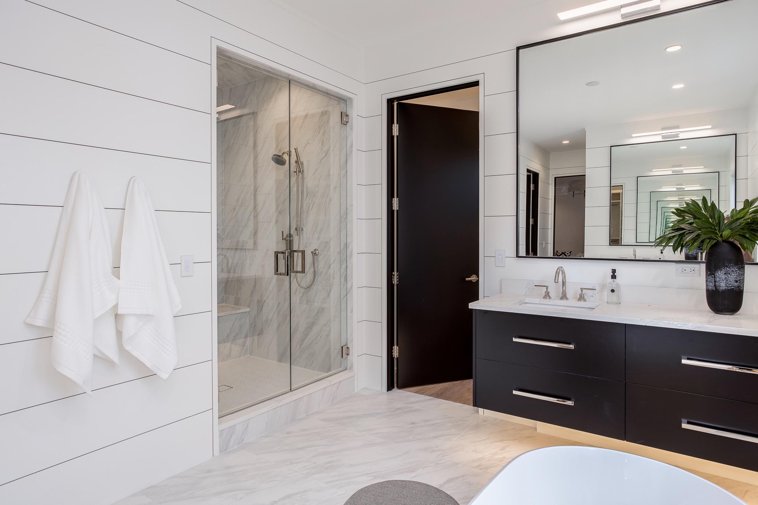 Master Bath-15.jpg
