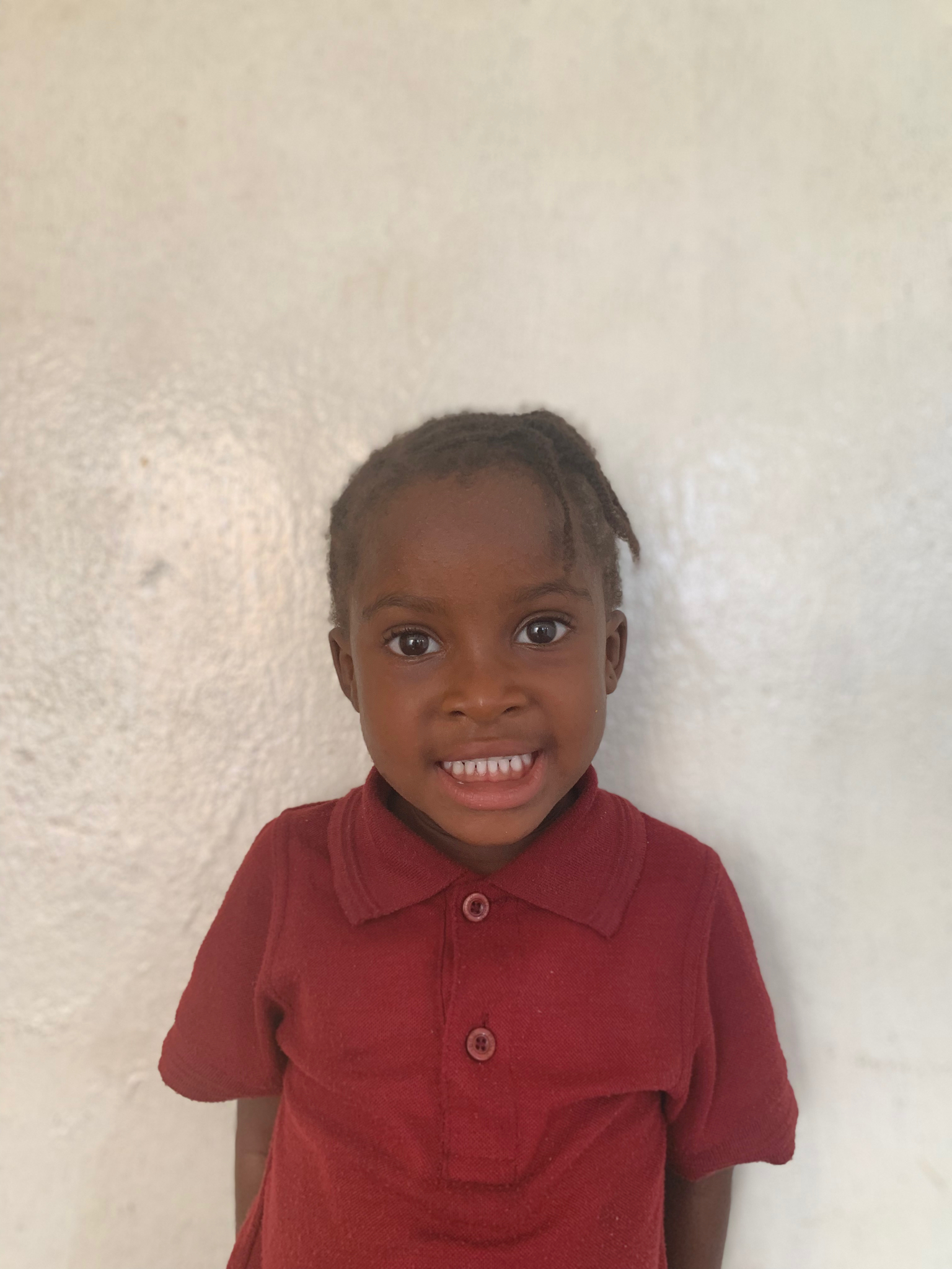 Hello, my name is Sandra Baker. - Sandra is a 3-year-old girl.Sandra lives with her parents and a brother; and loves alligators, drawing, and the color red.