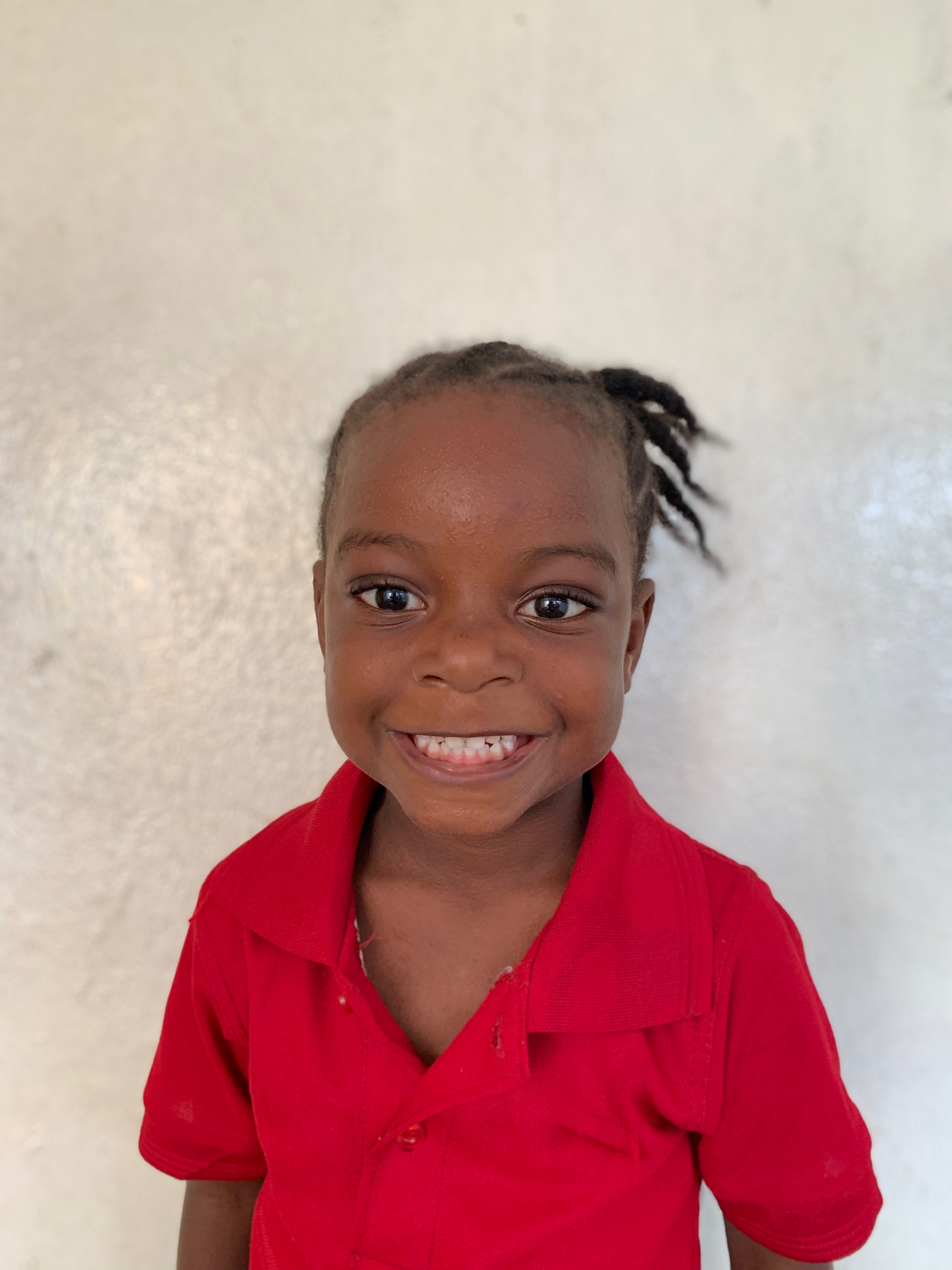Hello, my name is Mara Enders. - Mara is a 4-year-old girl.Mara lives with Sam Enders, since her parents died of Ebola; and she loves alligators, puzzles, and the color purple.