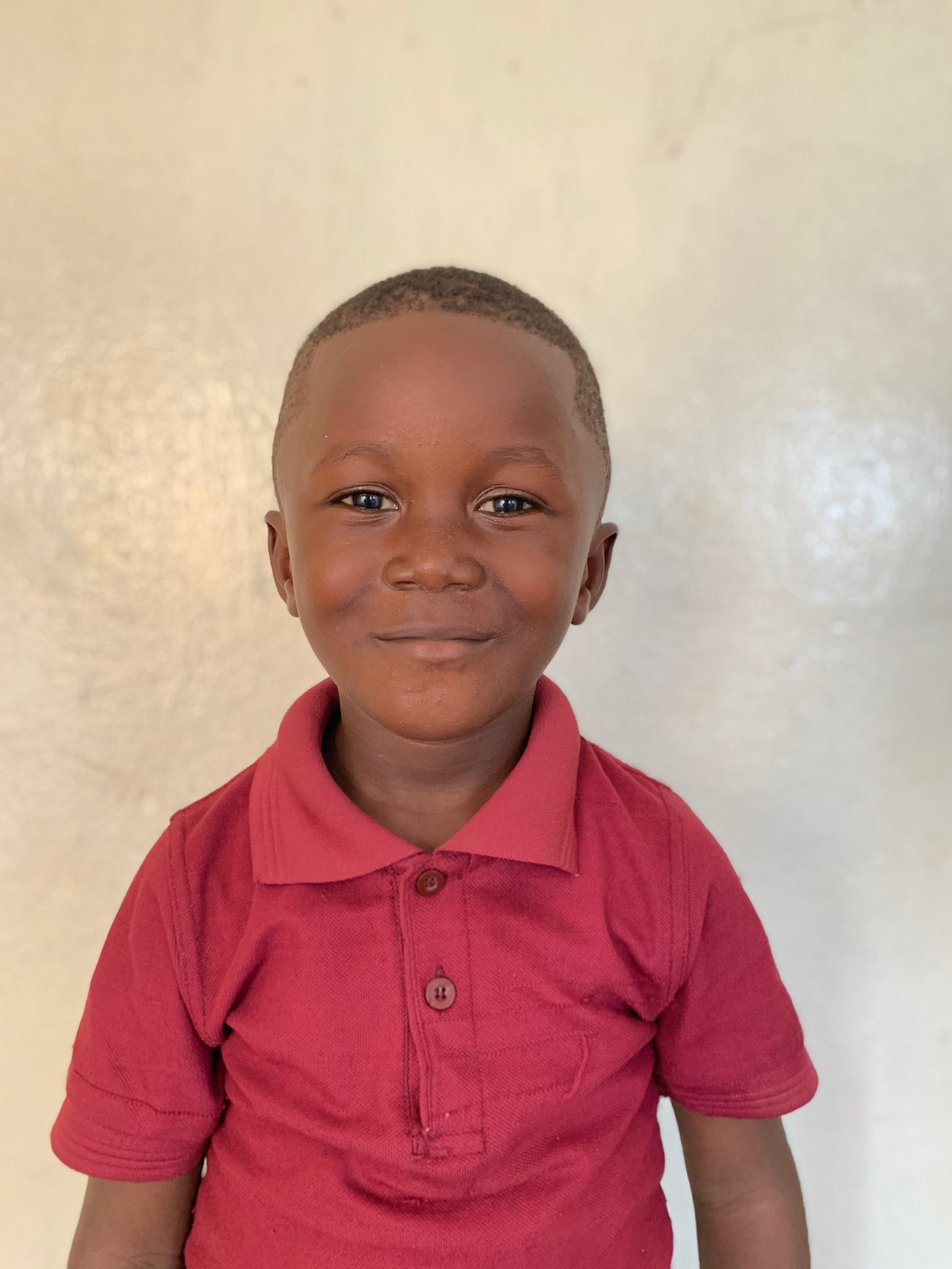 Hello, my name is Aquila Kwenah. - Aquila is a 4-year-old boy.Aquila lives with his parents, brother, and two sisters; and loves cats, football, and the color blue.