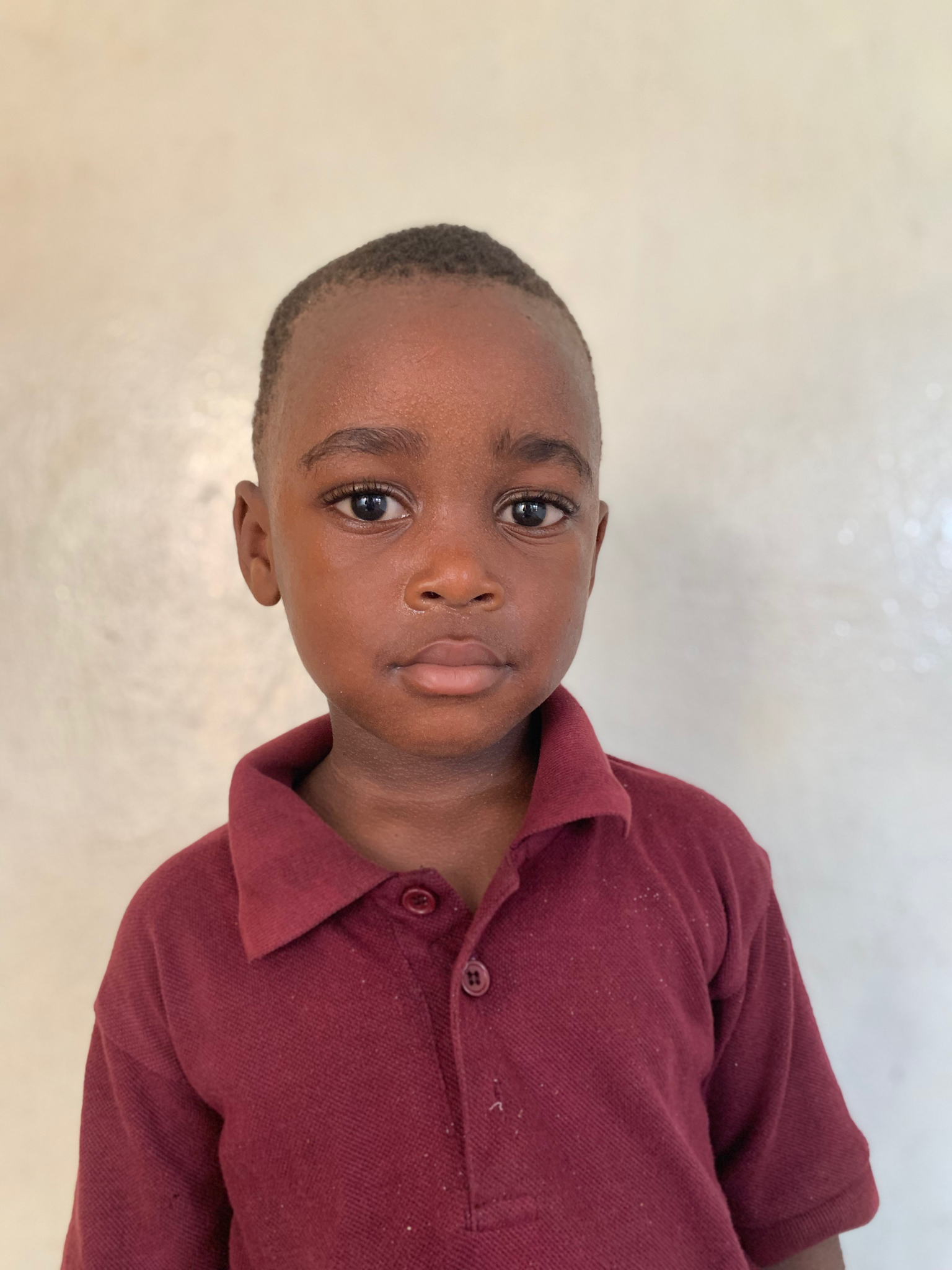Hello, my name is David Williams. - David is a 3-year-old boy.David lives with his grandparents and a sister; and loves cats, football, and the color red.
