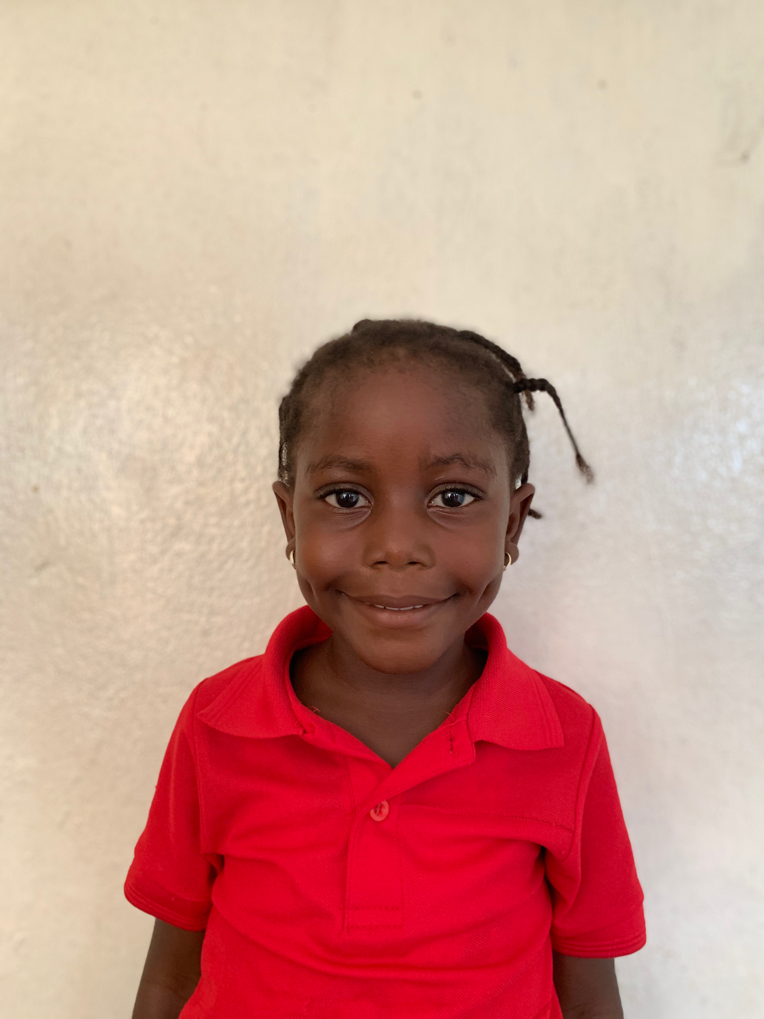 Hello, my name is Esther Yorfee. - Esther is a 4-year-old girl.Esther lives with her mother, sister, and brother; and loves elephants, apples, and the color pink.