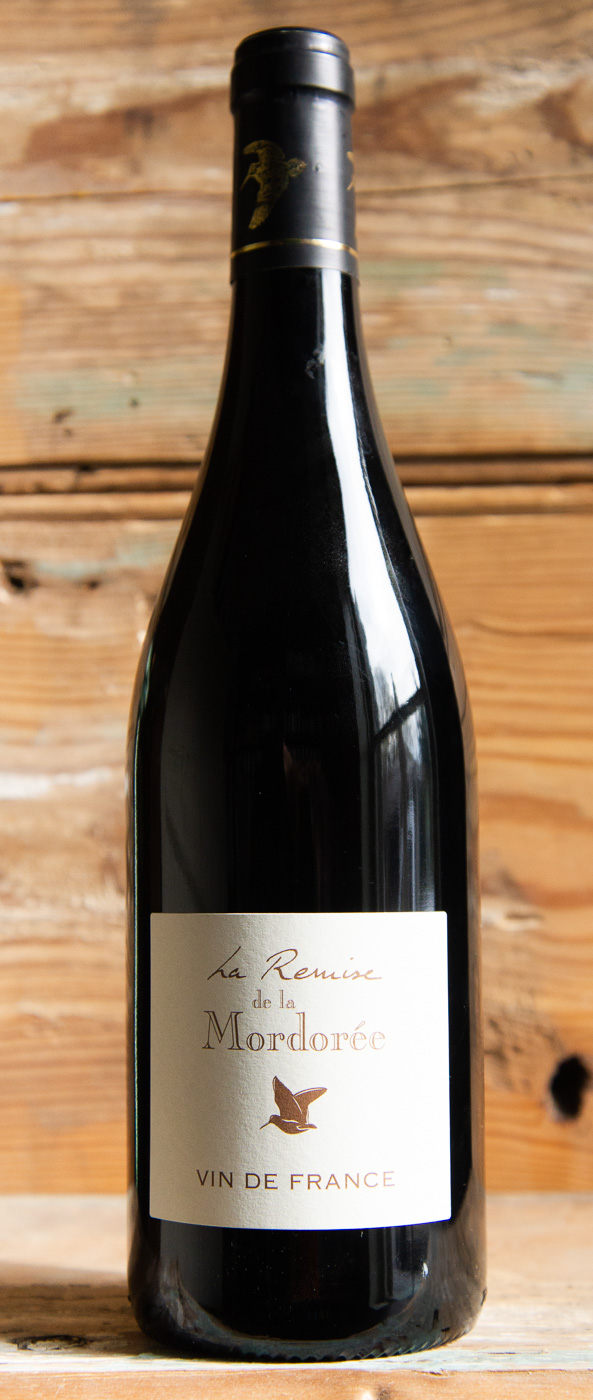 Mordoree La Remise de la Mordoree Rouge 2015 - Origin: FranceRetail: $23.95 | Sale: $21.55Domaine de la Mordoree is located in the town of Tavel, in the Southern Rhone Valley. In 1986, the brothers Christophe and Fabrice Delorme decided to dedicate themselves to their passion for wine. They started their own estate with the objective to produce the best wines in each appellation while preserving the environment. This sulfite-free vintage has floral aromas with hints blueberry and blackcurrant. Pair with red meats with sauce, grilled meats, charcuterie, and cheeses. 50% Marselan | 50% Merlot