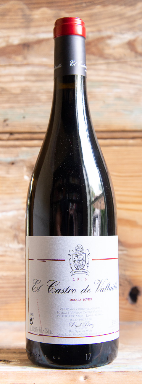 """Ventosa El Castro de Valtuille """"Joven Mencía"""" 2016 - Origin: SpainRetail: $14.95 
