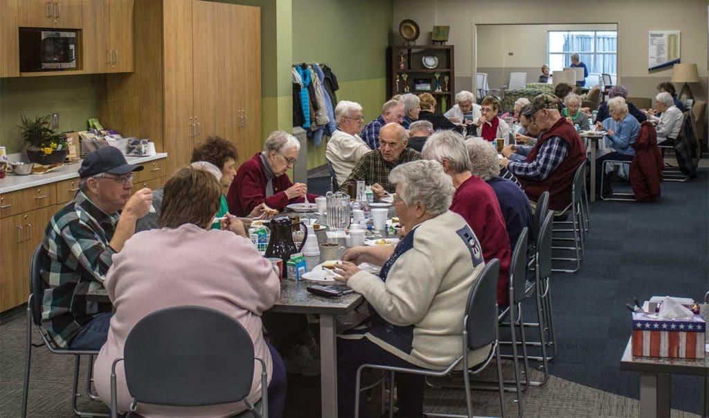 COMMUNITY DINING -
