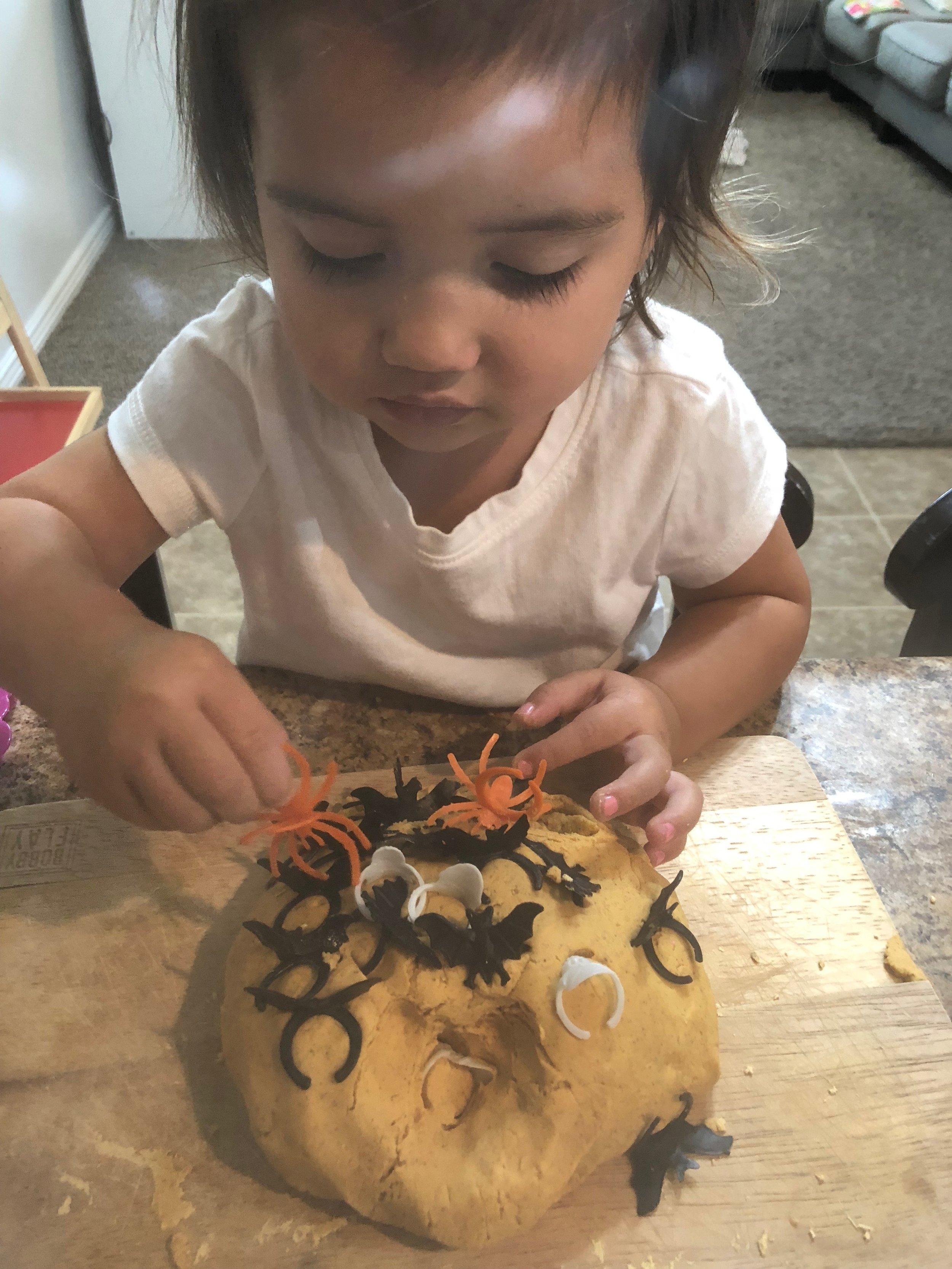 pumpkin-dough4.JPG