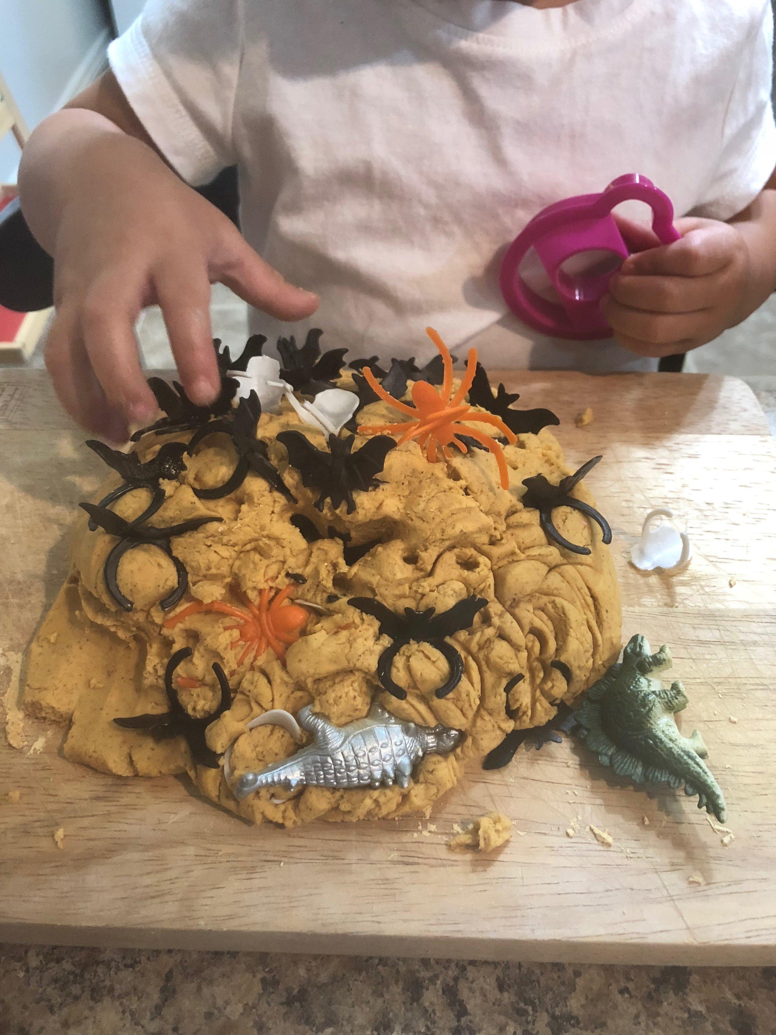 pumpkin-dough5.JPG