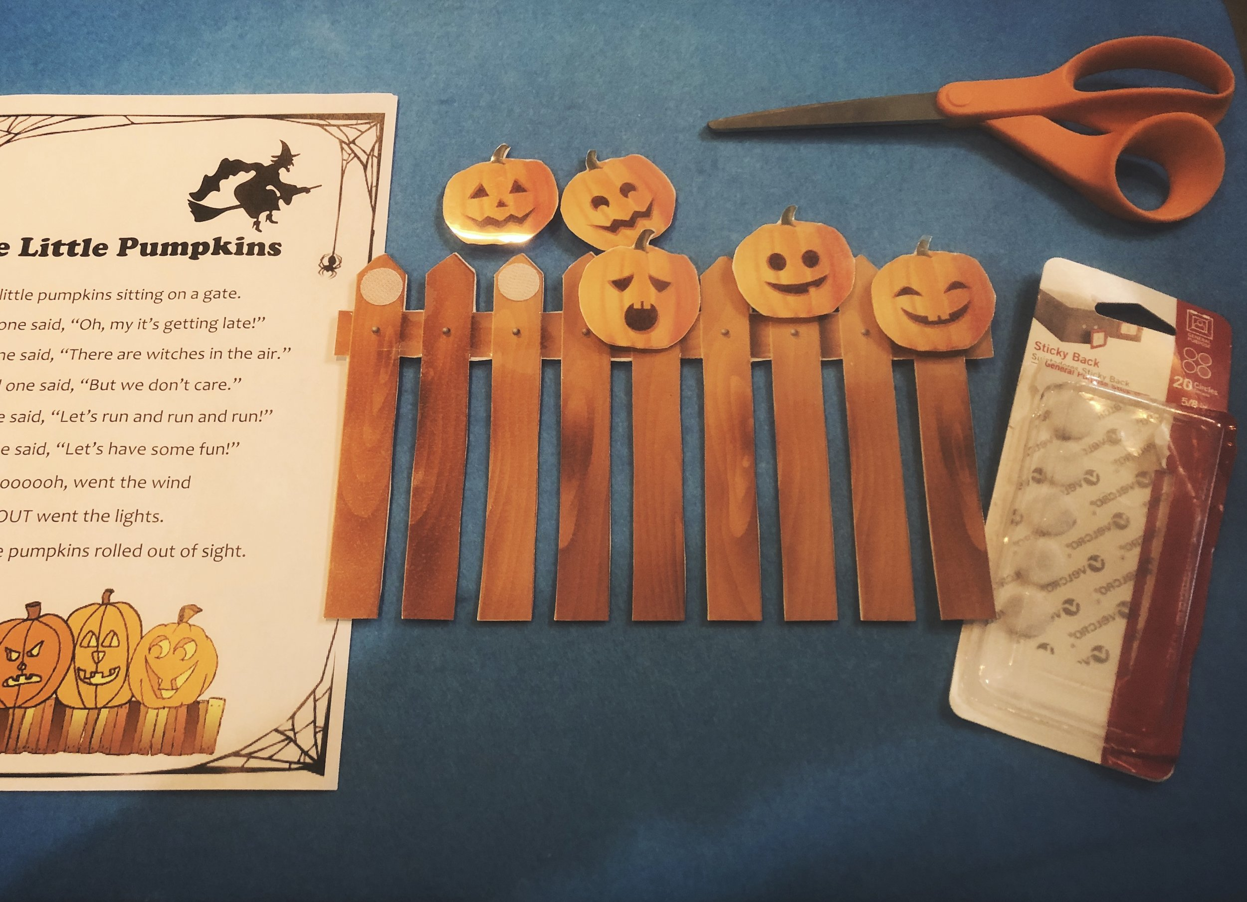 diy-five-little-pumpkins-activity2.jpg