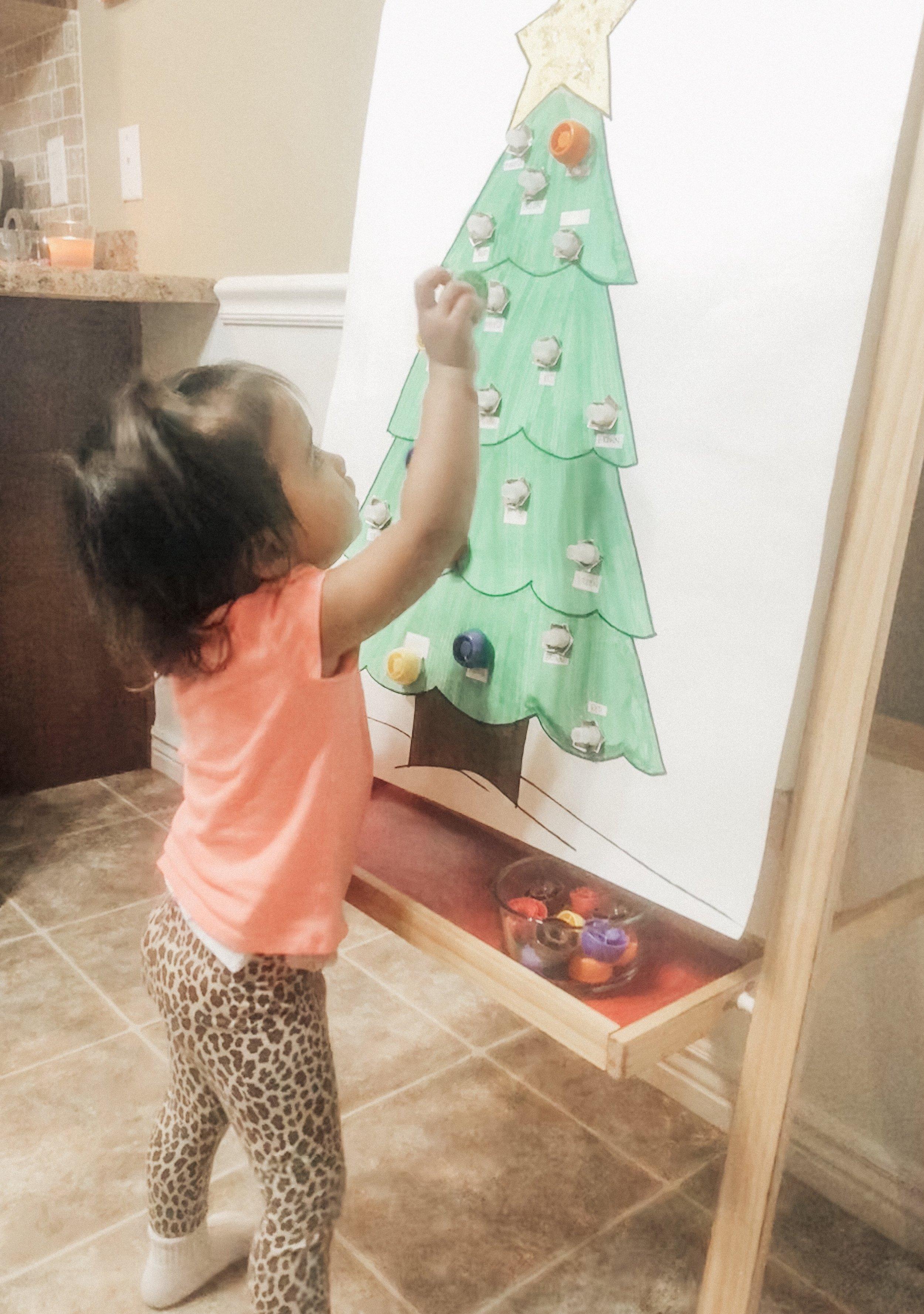 diy-christmas-tree-lights-activity.jpg