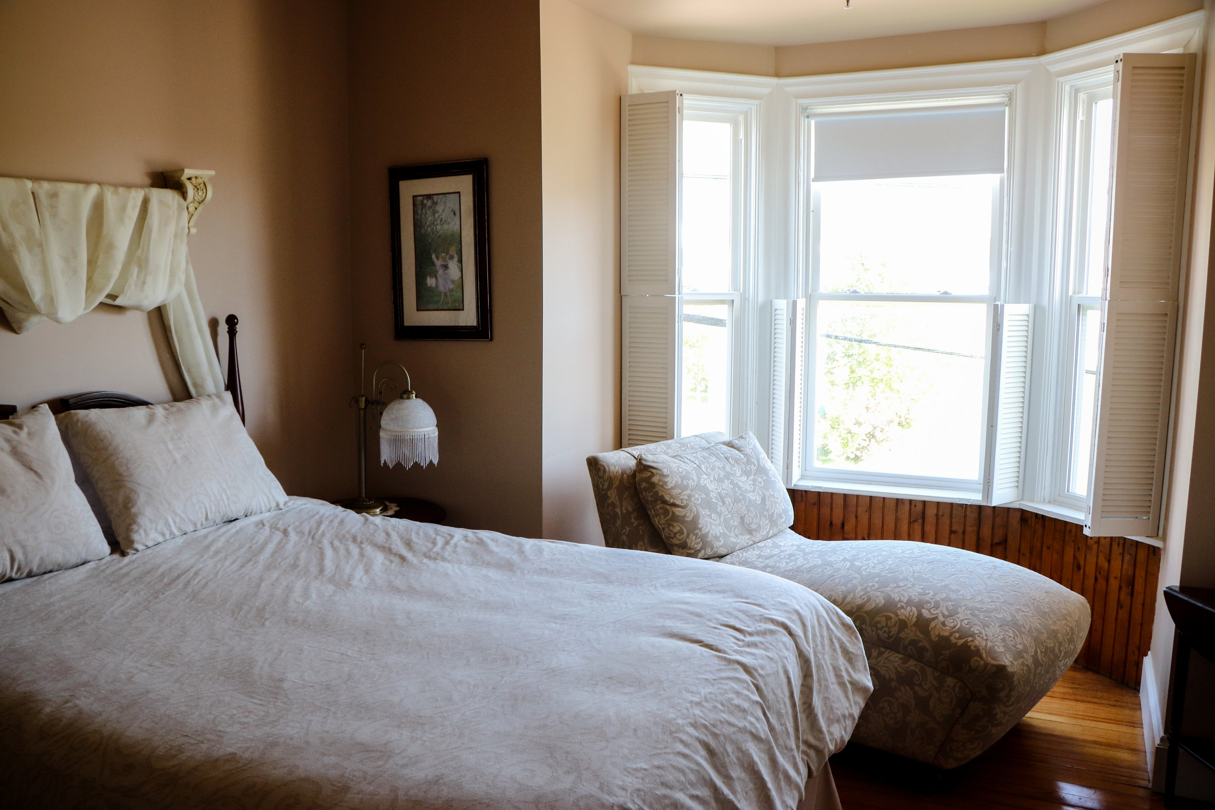 201 East Point Room - Price $172.50/Night