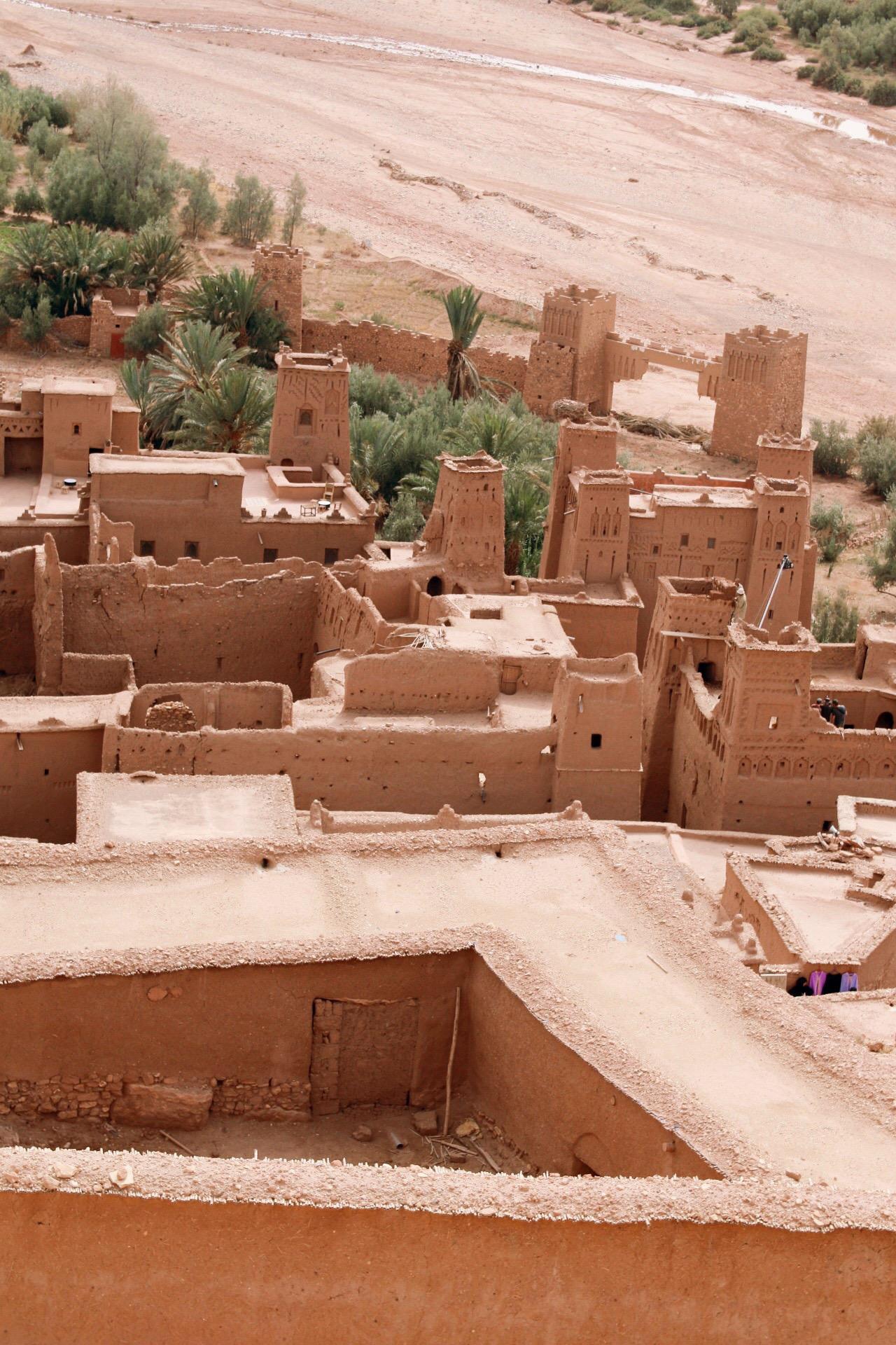 DESERT LIFE - The casbahs of Taourirt an Ouarzazarte