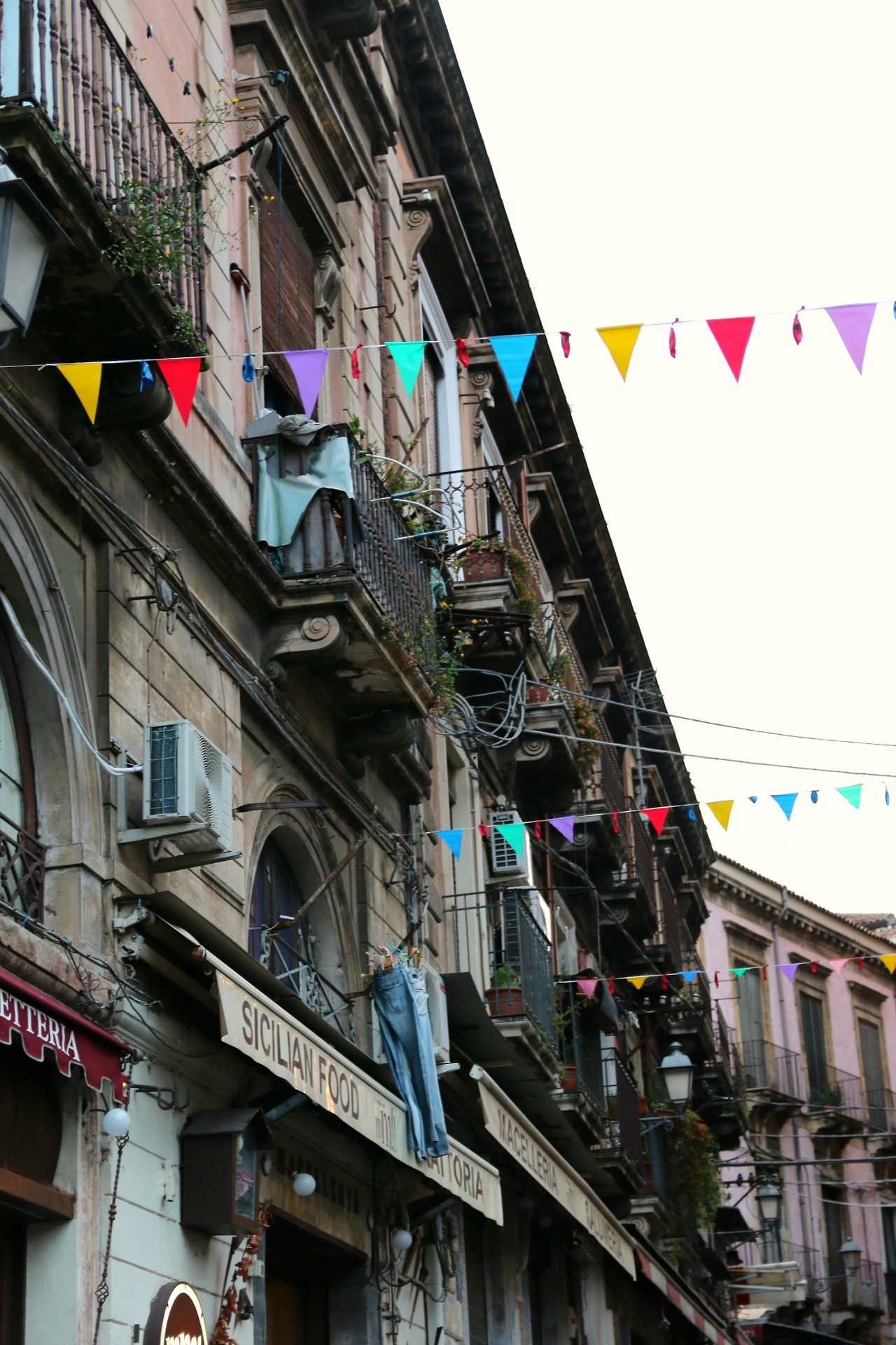 Catania - a charming Sicilian beauty by the sea